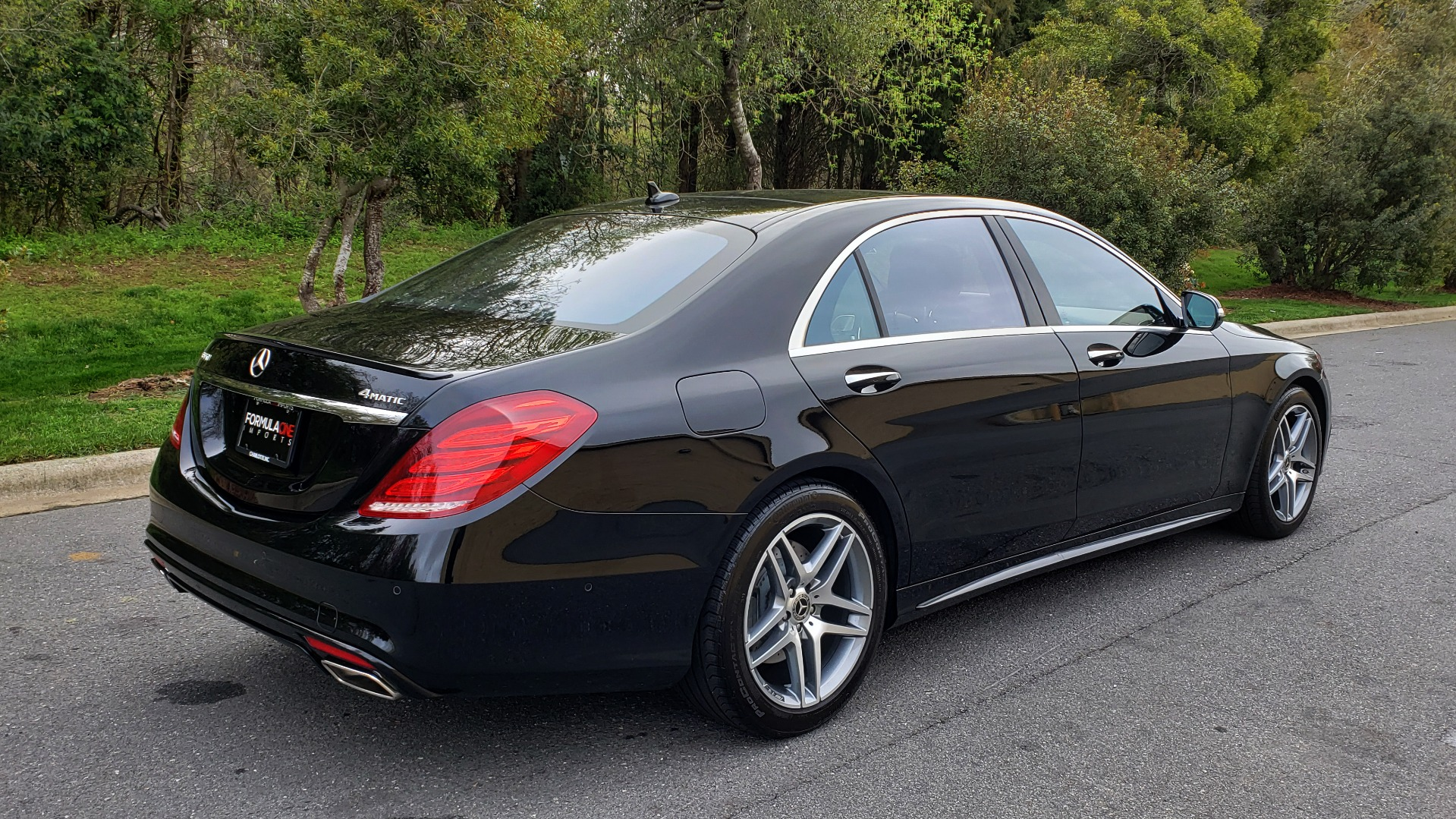 Used 2017 Mercedes-Benz S-CLASS S 550 4MATIC SPORT / PREM PKG / WARMTH & COMFORT / KEYLESS-GO for sale Sold at Formula Imports in Charlotte NC 28227 6