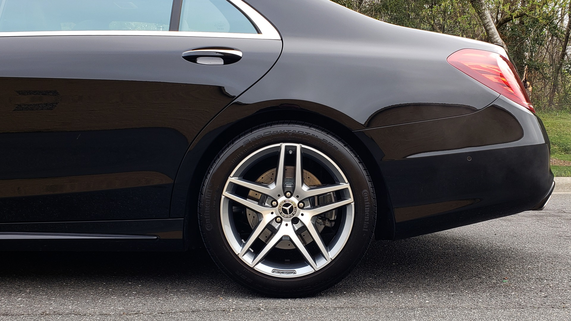Used 2017 Mercedes-Benz S-CLASS S 550 4MATIC SPORT / PREM PKG / WARMTH & COMFORT / KEYLESS-GO for sale Sold at Formula Imports in Charlotte NC 28227 94