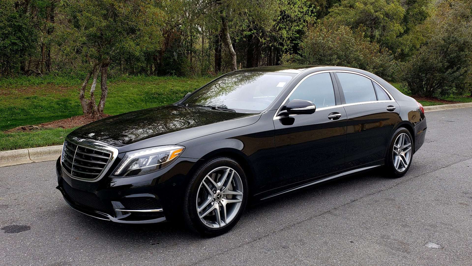Used 2017 Mercedes-Benz S-CLASS S 550 4MATIC SPORT / PREM PKG / WARMTH & COMFORT / KEYLESS-GO for sale Sold at Formula Imports in Charlotte NC 28227 1