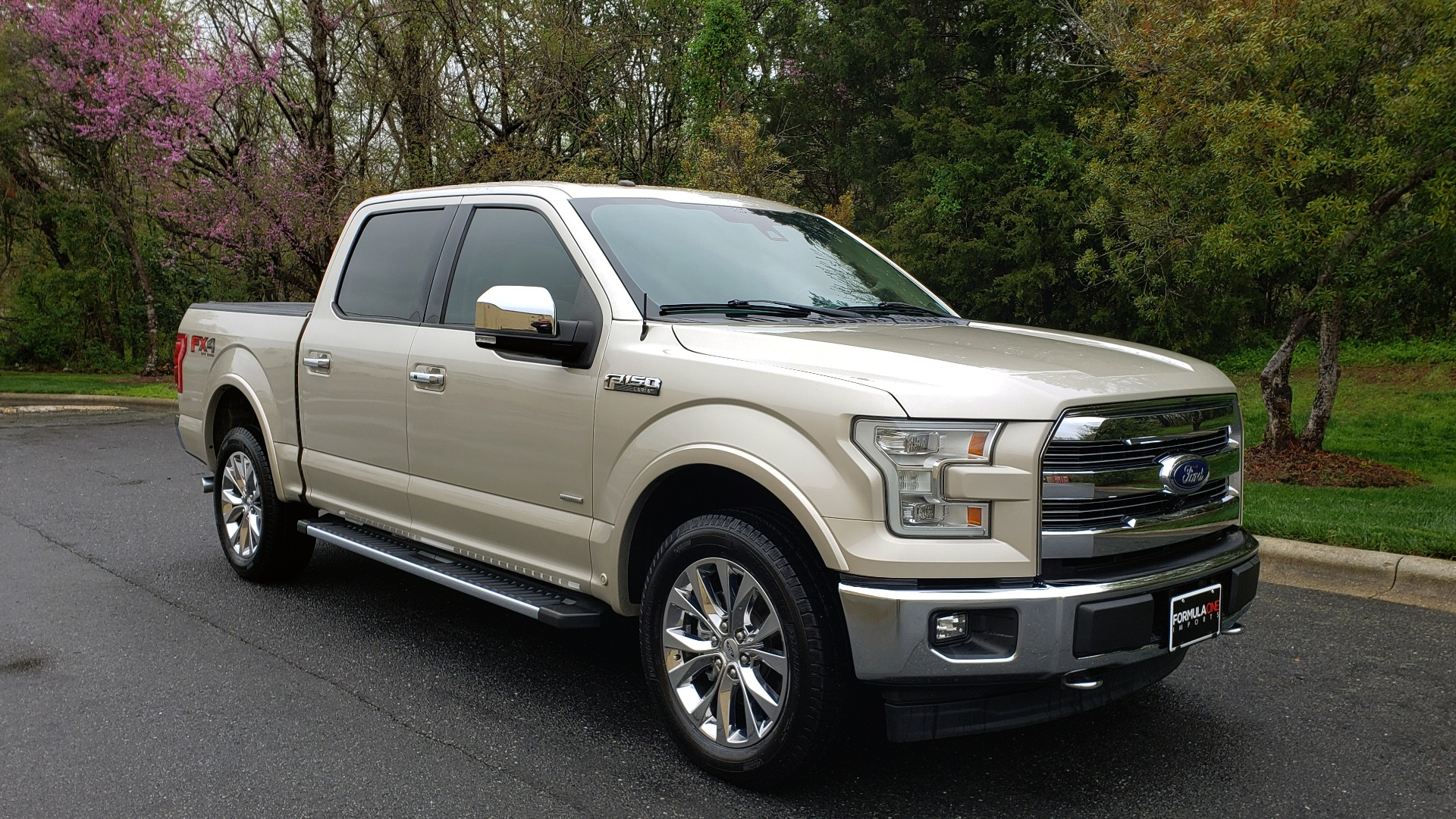 Used 2017 Ford F-150 LARIAT 4X4 SUPERCREW / NAV / ADAPT CRS / PANO-ROOF / BLIS / REARVIEW for sale Sold at Formula Imports in Charlotte NC 28227 4