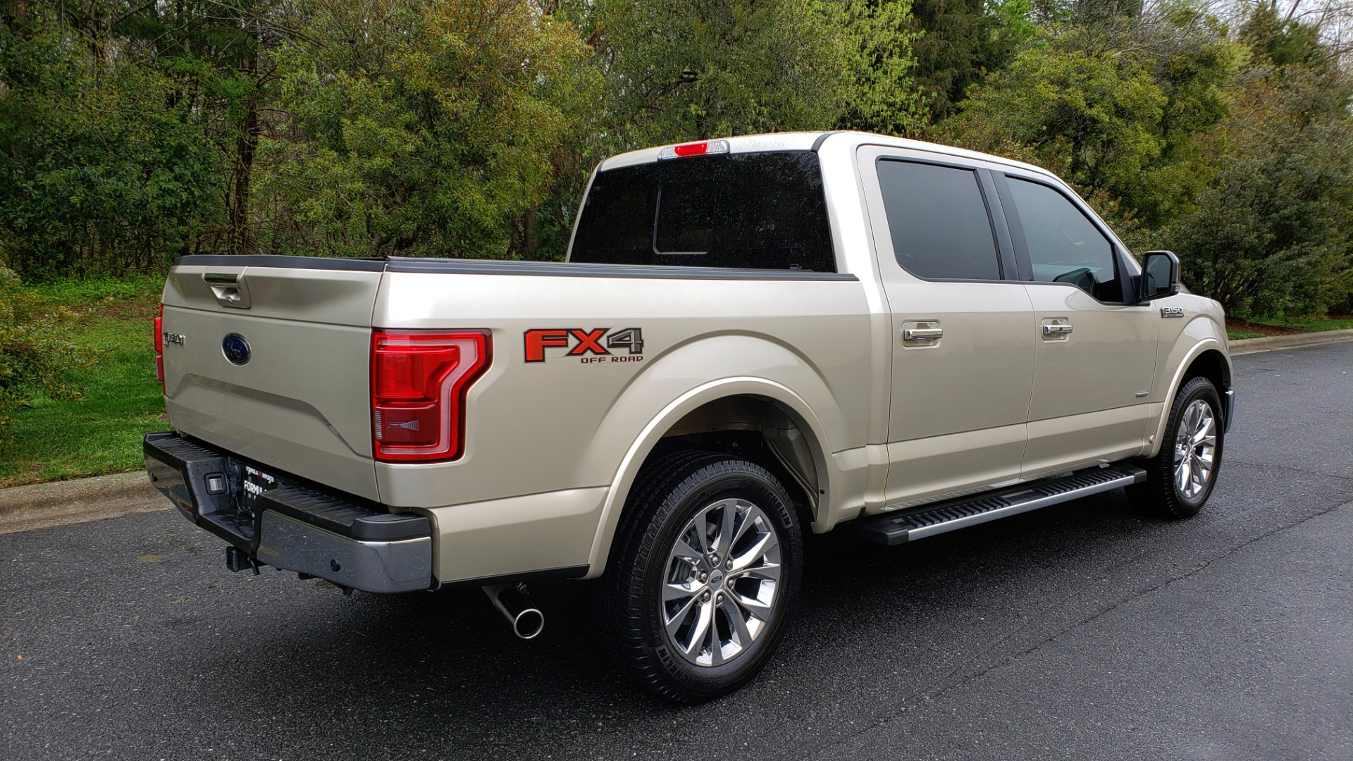 Used 2017 Ford F-150 LARIAT 4X4 SUPERCREW / NAV / ADAPT CRS / PANO-ROOF / BLIS / REARVIEW for sale Sold at Formula Imports in Charlotte NC 28227 6