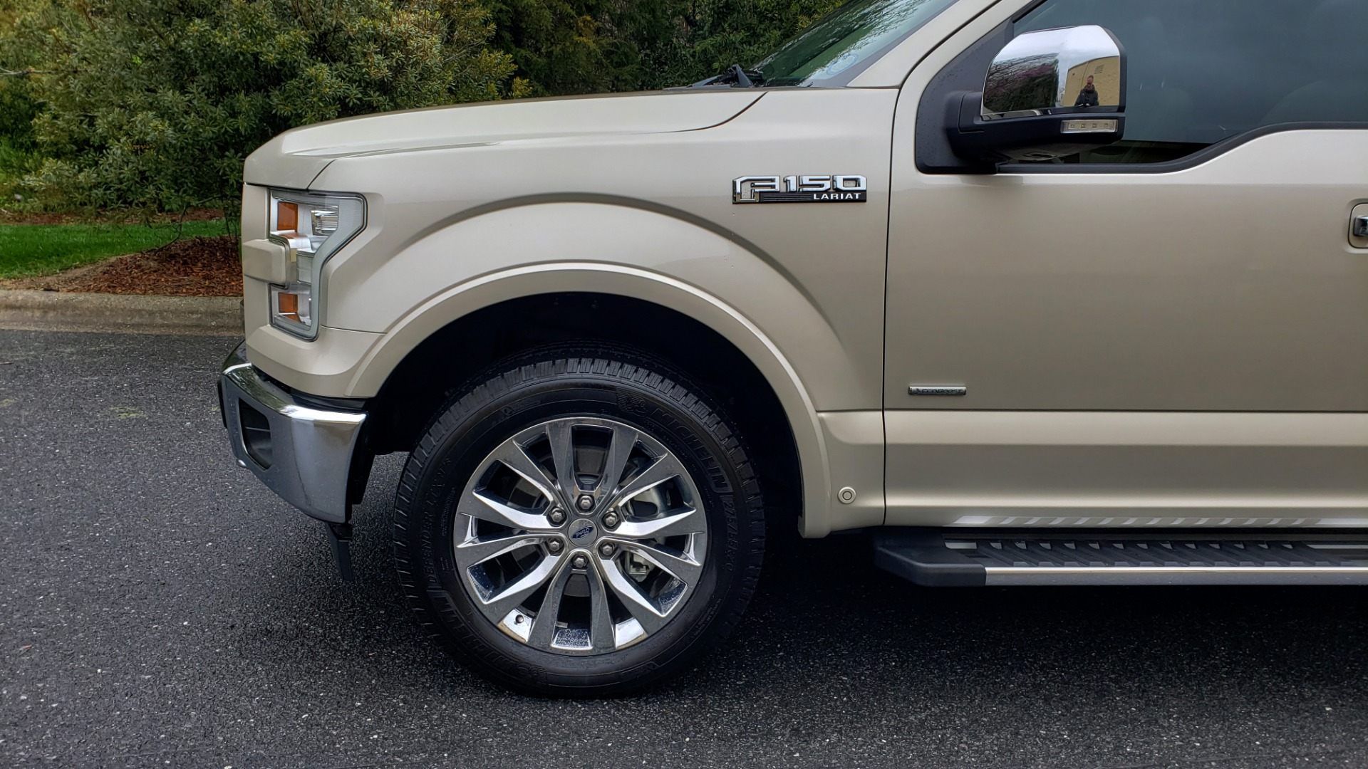 Used 2017 Ford F-150 LARIAT 4X4 SUPERCREW / NAV / ADAPT CRS / PANO-ROOF / BLIS / REARVIEW for sale Sold at Formula Imports in Charlotte NC 28227 8
