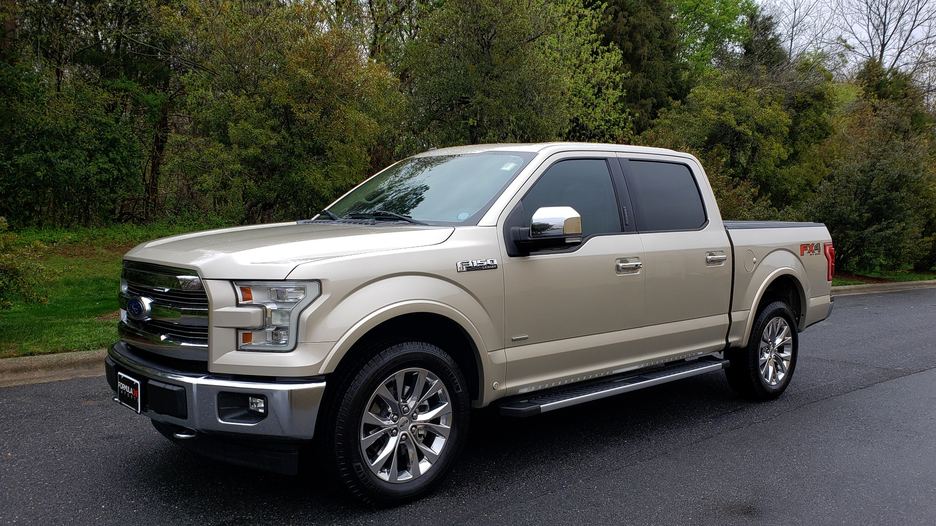 Used 2017 Ford F-150 LARIAT 4X4 SUPERCREW / NAV / ADAPT CRS / PANO-ROOF / BLIS / REARVIEW for sale Sold at Formula Imports in Charlotte NC 28227 1