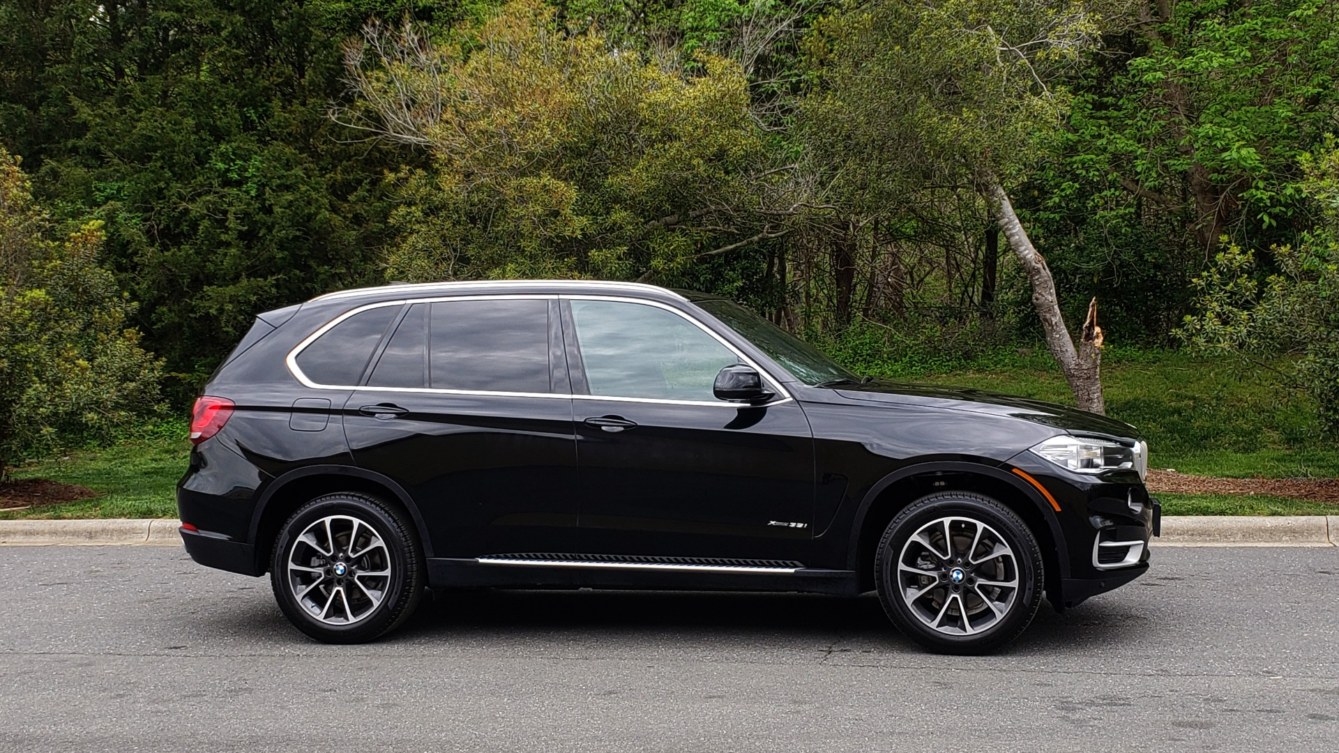 Used 2017 BMW X5 XDRIVE35I / NAV / SUNROOF / REARVIEW / HTD STS for sale Sold at Formula Imports in Charlotte NC 28227 10