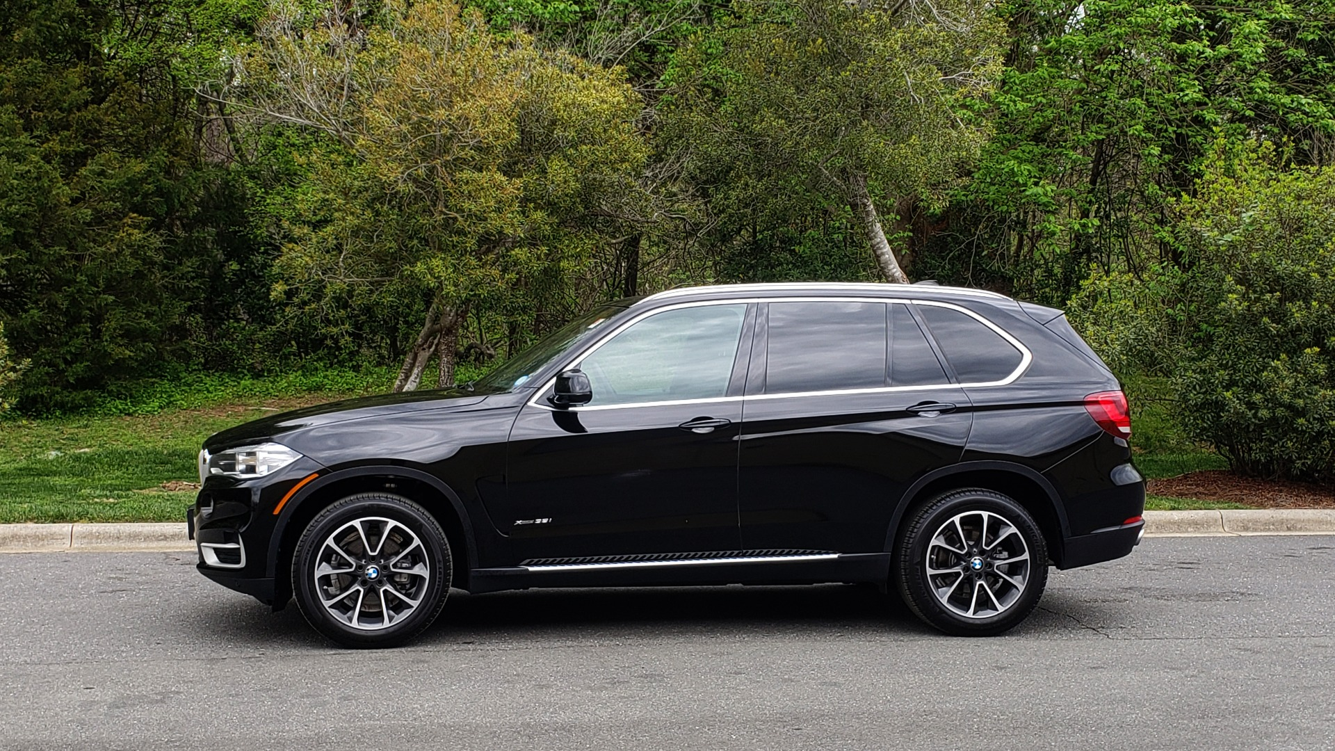 Used 2017 BMW X5 XDRIVE35I / NAV / SUNROOF / REARVIEW / HTD STS for sale Sold at Formula Imports in Charlotte NC 28227 2