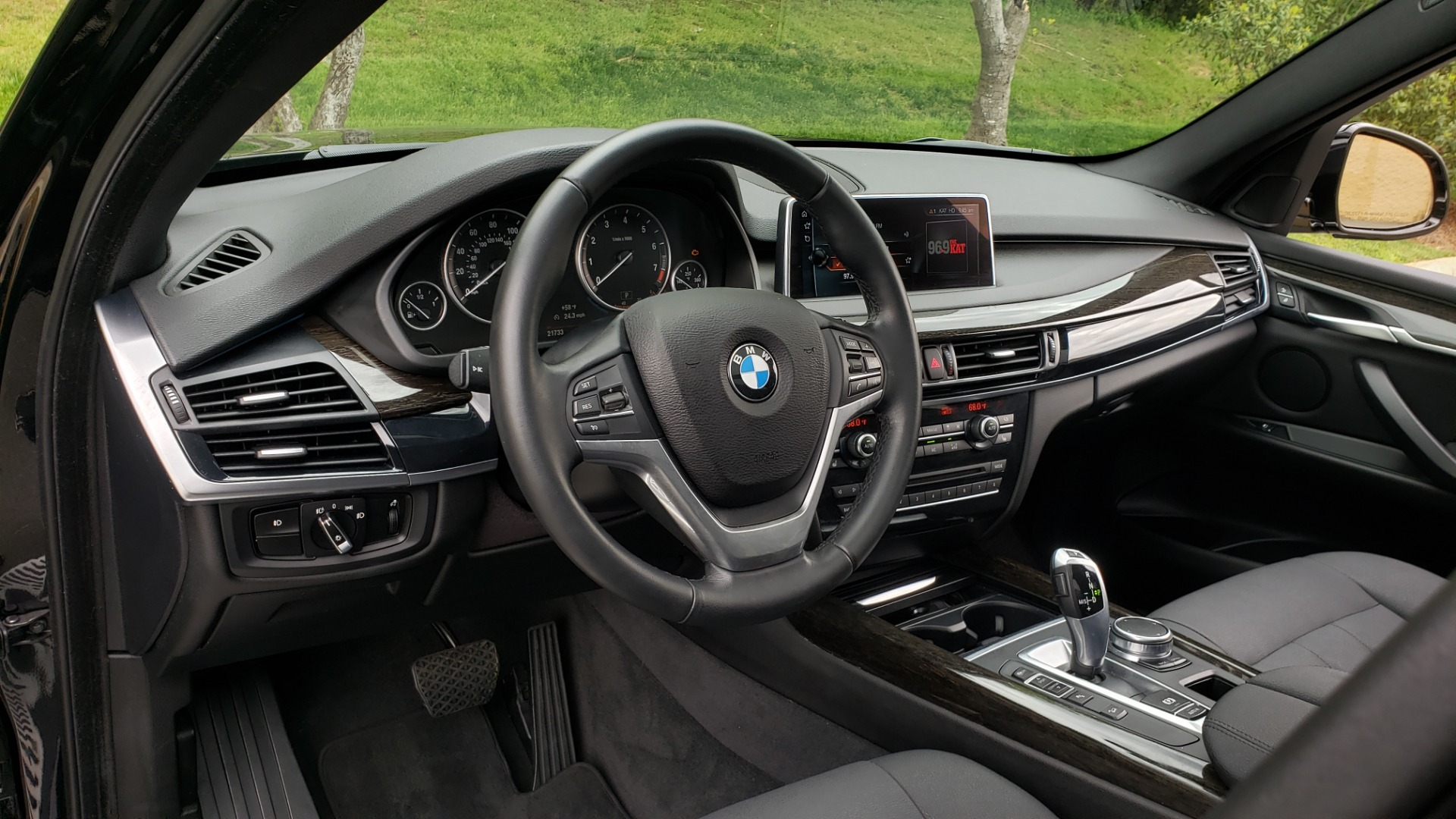 Used 2017 BMW X5 XDRIVE35I / NAV / SUNROOF / REARVIEW / HTD STS for sale Sold at Formula Imports in Charlotte NC 28227 42