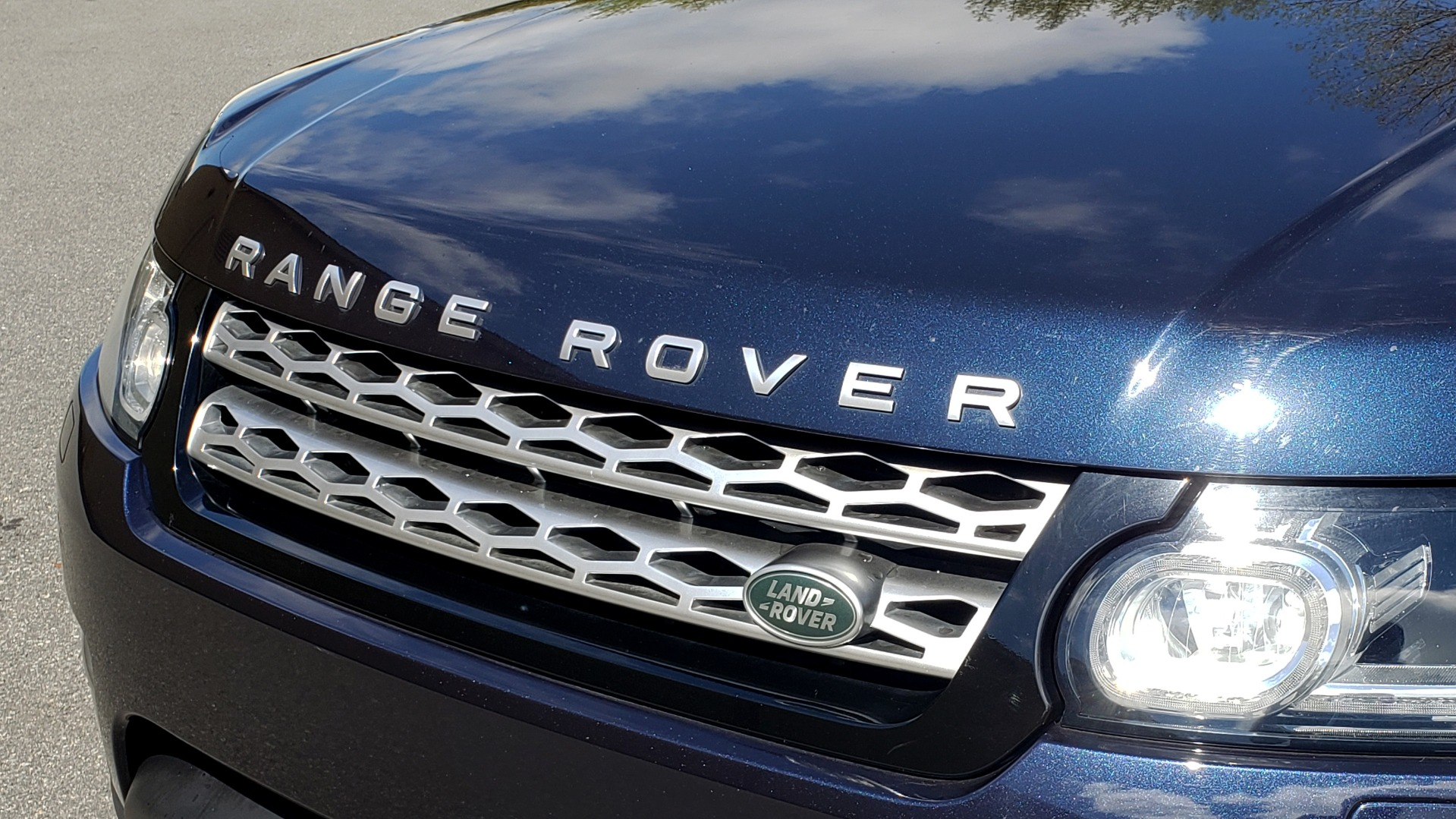 Used 2016 Land Rover RANGE ROVER SPORT SC V6 HSE / 4WD / NAV / PANO-ROOF / REARVIEW / CLIMATE & VISIBILITY for sale Sold at Formula Imports in Charlotte NC 28227 27