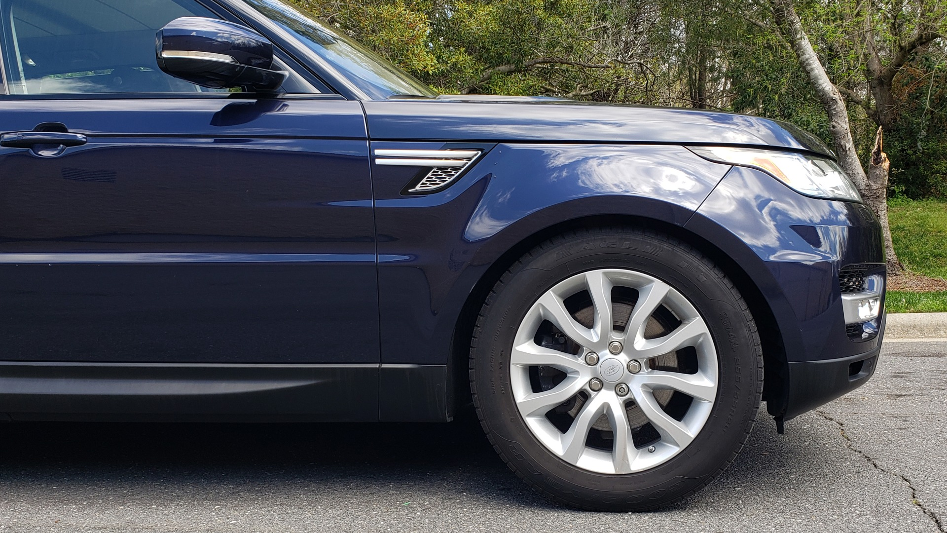 Used 2016 Land Rover RANGE ROVER SPORT SC V6 HSE / 4WD / NAV / PANO-ROOF / REARVIEW / CLIMATE & VISIBILITY for sale Sold at Formula Imports in Charlotte NC 28227 86