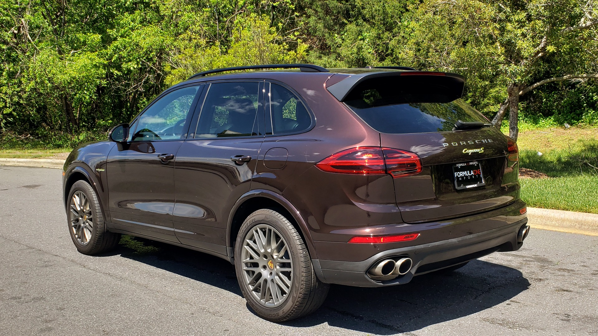 Used 2017 Porsche CAYENNE S E-HYBRID PLATINUM EDITION for sale Sold at Formula Imports in Charlotte NC 28227 3