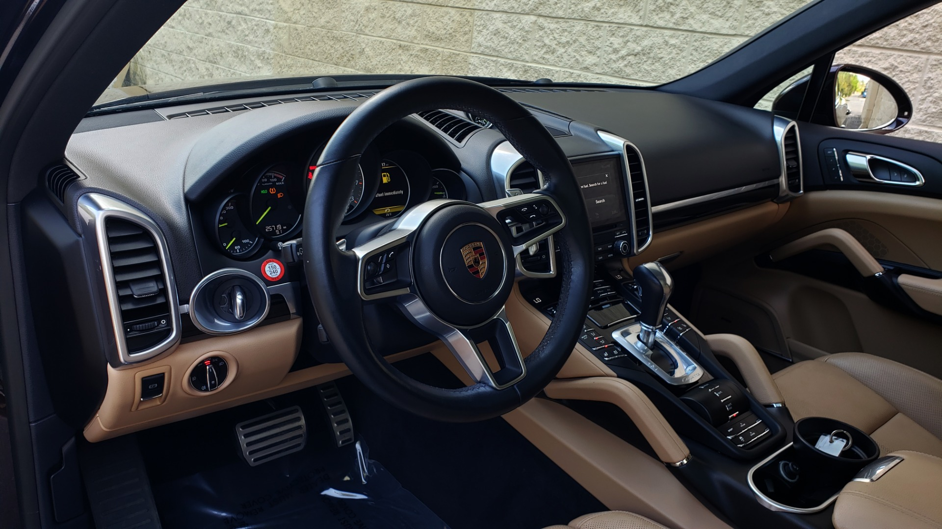 Used 2017 Porsche CAYENNE S E-HYBRID PLATINUM EDITION for sale Sold at Formula Imports in Charlotte NC 28227 45