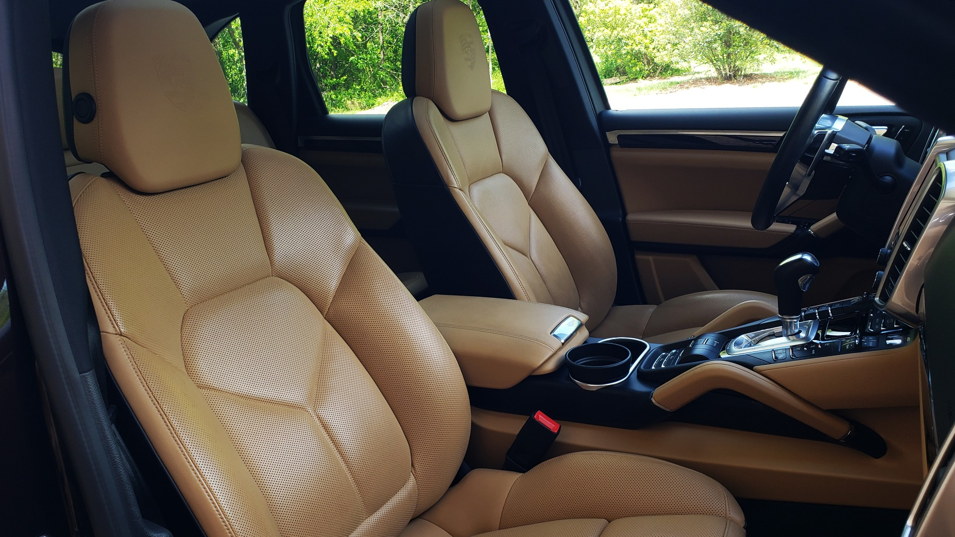 Used 2017 Porsche CAYENNE S E-HYBRID PLATINUM EDITION for sale Sold at Formula Imports in Charlotte NC 28227 74