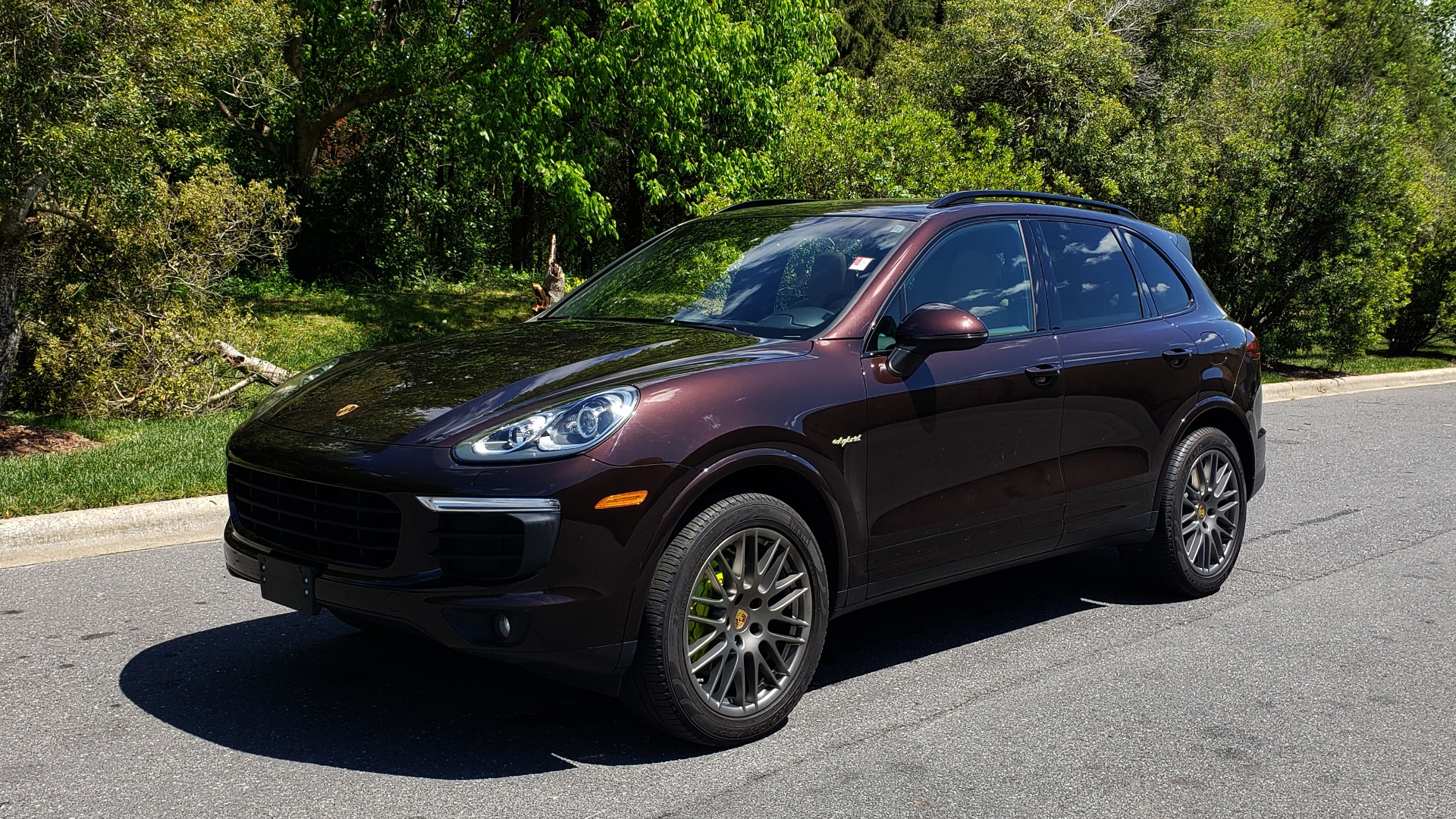 Used 2017 Porsche CAYENNE S E-HYBRID PLATINUM EDITION for sale Sold at Formula Imports in Charlotte NC 28227 1