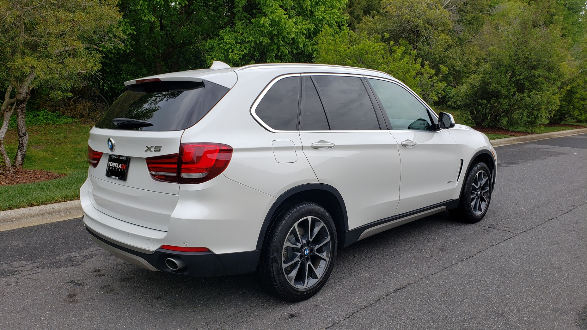 Used 2017 BMW X5 XDRIVE35I PREMIUM / DRVR ASST PLUS / CLD WTHR / REARVIEW for sale Sold at Formula Imports in Charlotte NC 28227 6