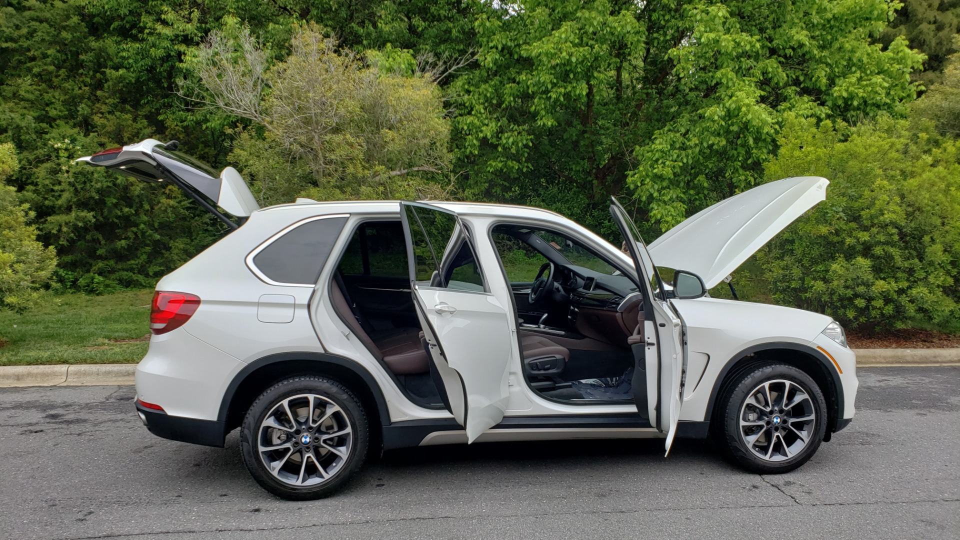 Used 2017 BMW X5 XDRIVE35I PREMIUM / DRVR ASST PLUS / CLD WTHR / REARVIEW for sale Sold at Formula Imports in Charlotte NC 28227 9