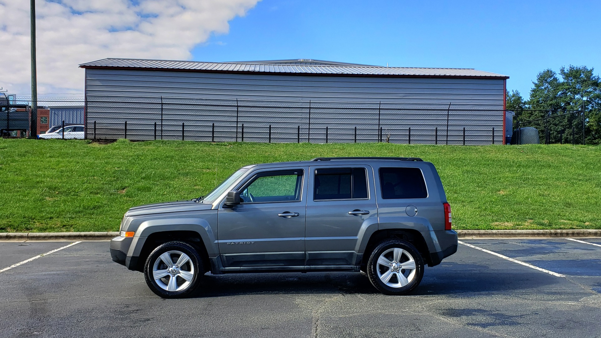 Used 2012 Jeep PATRIOT LATITUDE 4WD / SUNROOF / BOSTON ACOUSTICS SOUND for sale Sold at Formula Imports in Charlotte NC 28227 2