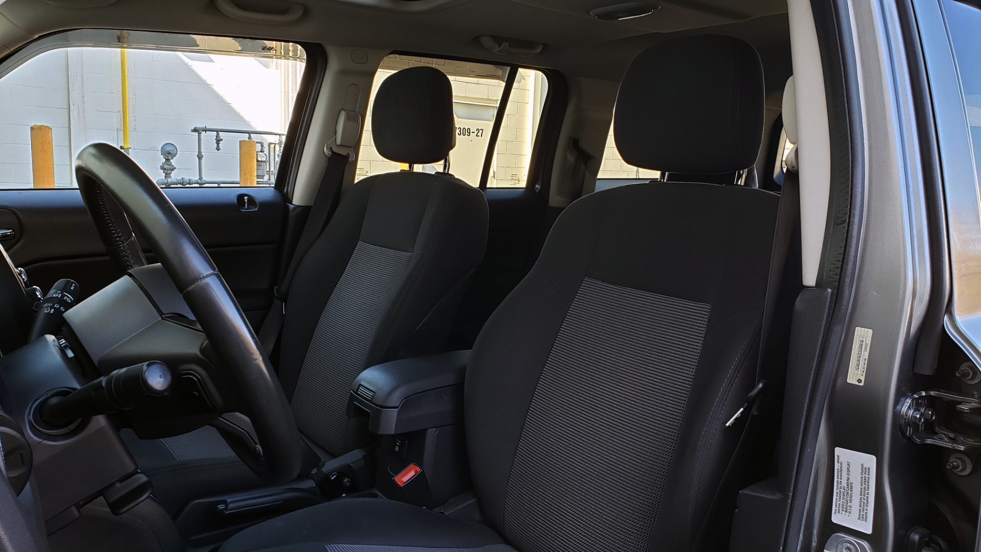 Used 2012 Jeep PATRIOT LATITUDE 4WD / SUNROOF / BOSTON ACOUSTICS SOUND for sale Sold at Formula Imports in Charlotte NC 28227 34