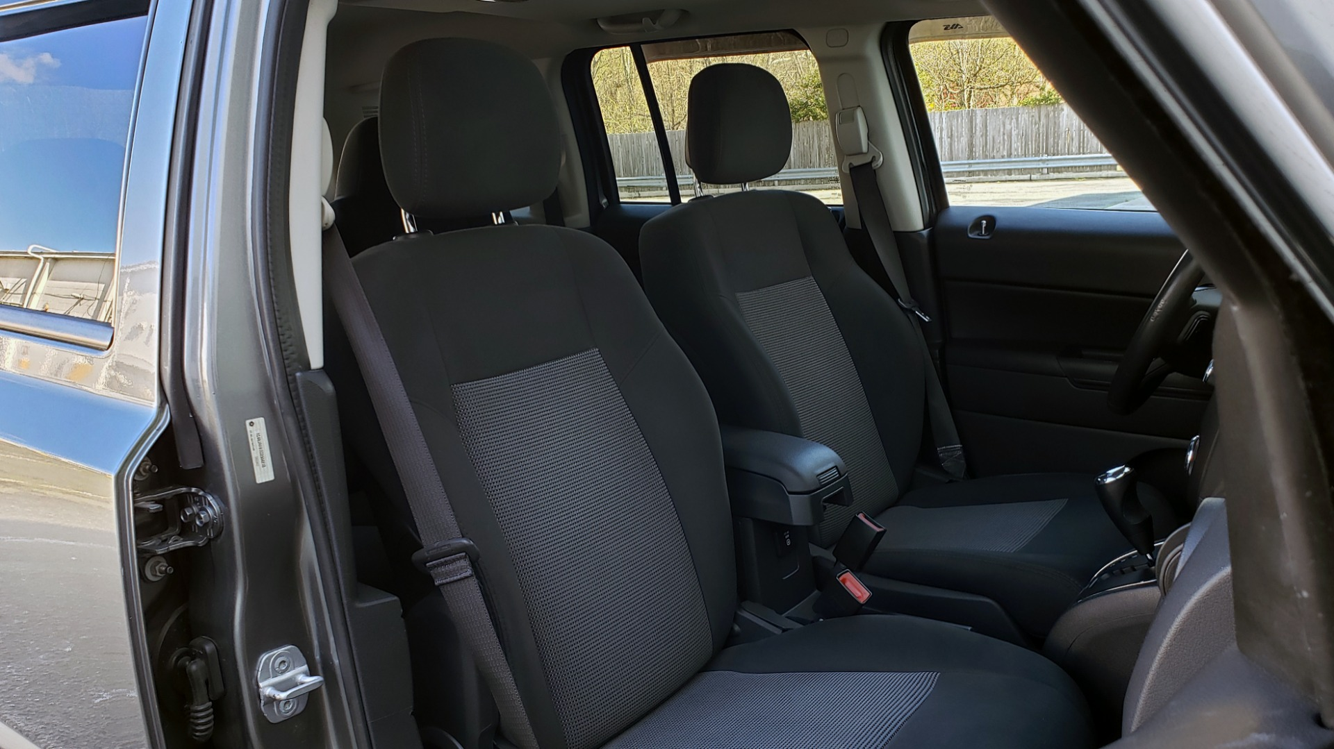 Used 2012 Jeep PATRIOT LATITUDE 4WD / SUNROOF / BOSTON ACOUSTICS SOUND for sale Sold at Formula Imports in Charlotte NC 28227 54