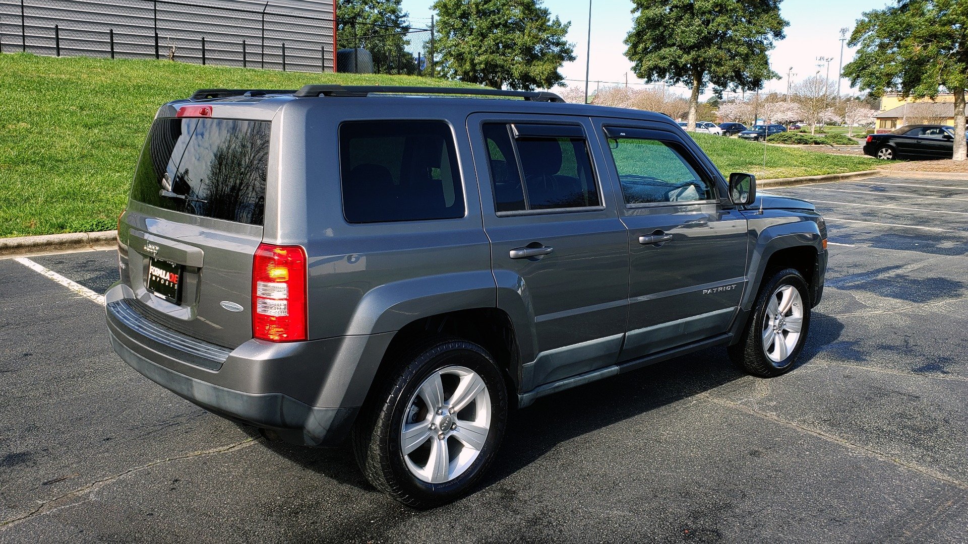 Used 2012 Jeep PATRIOT LATITUDE 4WD / SUNROOF / BOSTON ACOUSTICS SOUND for sale Sold at Formula Imports in Charlotte NC 28227 6