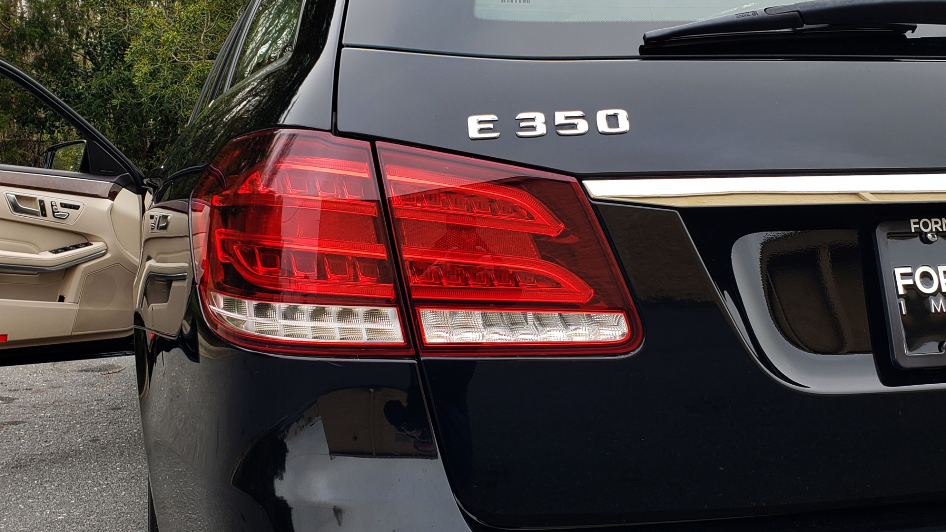 Used 2014 Mercedes-Benz E-Class E 350 4MATIC PREMIUM / NAV / SUNROOF / REARVIEW / 3-ROW for sale Sold at Formula Imports in Charlotte NC 28227 31