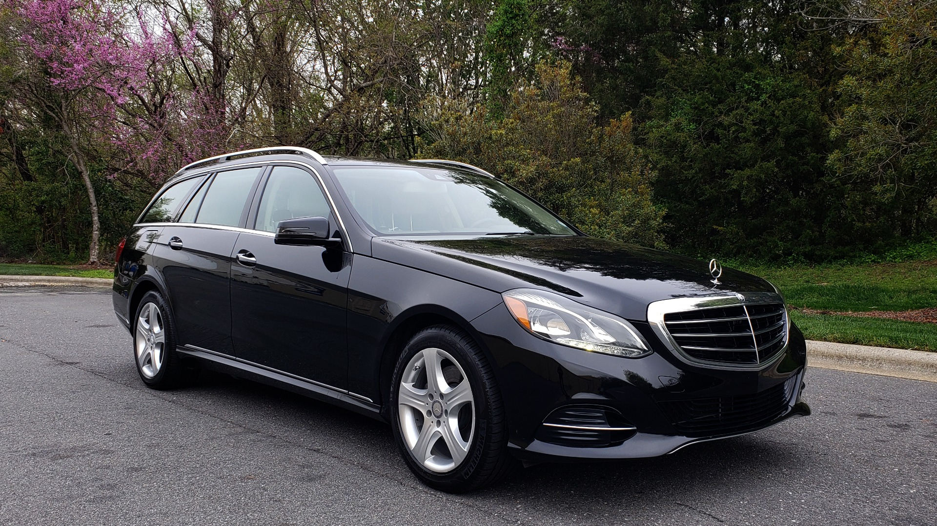 Used 2014 Mercedes-Benz E-Class E 350 4MATIC PREMIUM / NAV / SUNROOF / REARVIEW / 3-ROW for sale Sold at Formula Imports in Charlotte NC 28227 4