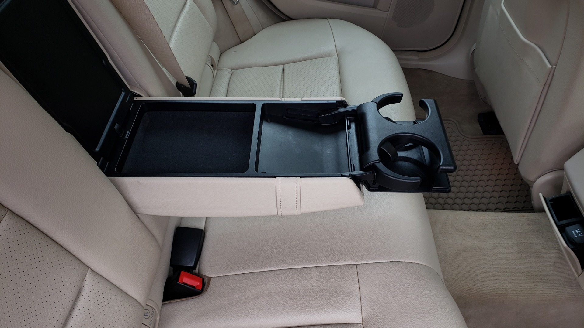 Used 2014 Mercedes-Benz E-Class E 350 4MATIC PREMIUM / NAV / SUNROOF / REARVIEW / 3-ROW for sale Sold at Formula Imports in Charlotte NC 28227 79