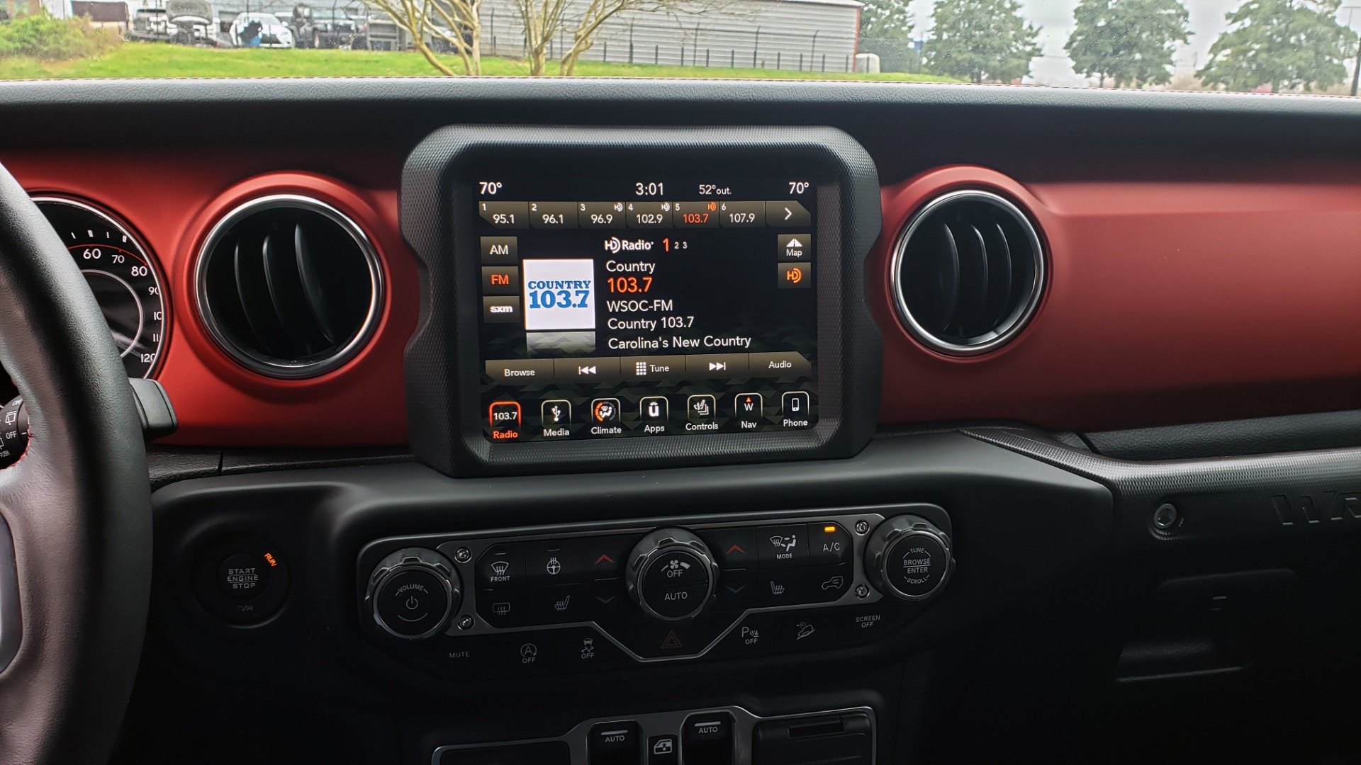 Used 2019 Jeep WRANGLER UNLIMITED RUBICON 4WD / V6 / 8-SPD AUTO / NAV / PWR TOP / REARVIEW for sale Sold at Formula Imports in Charlotte NC 28227 63