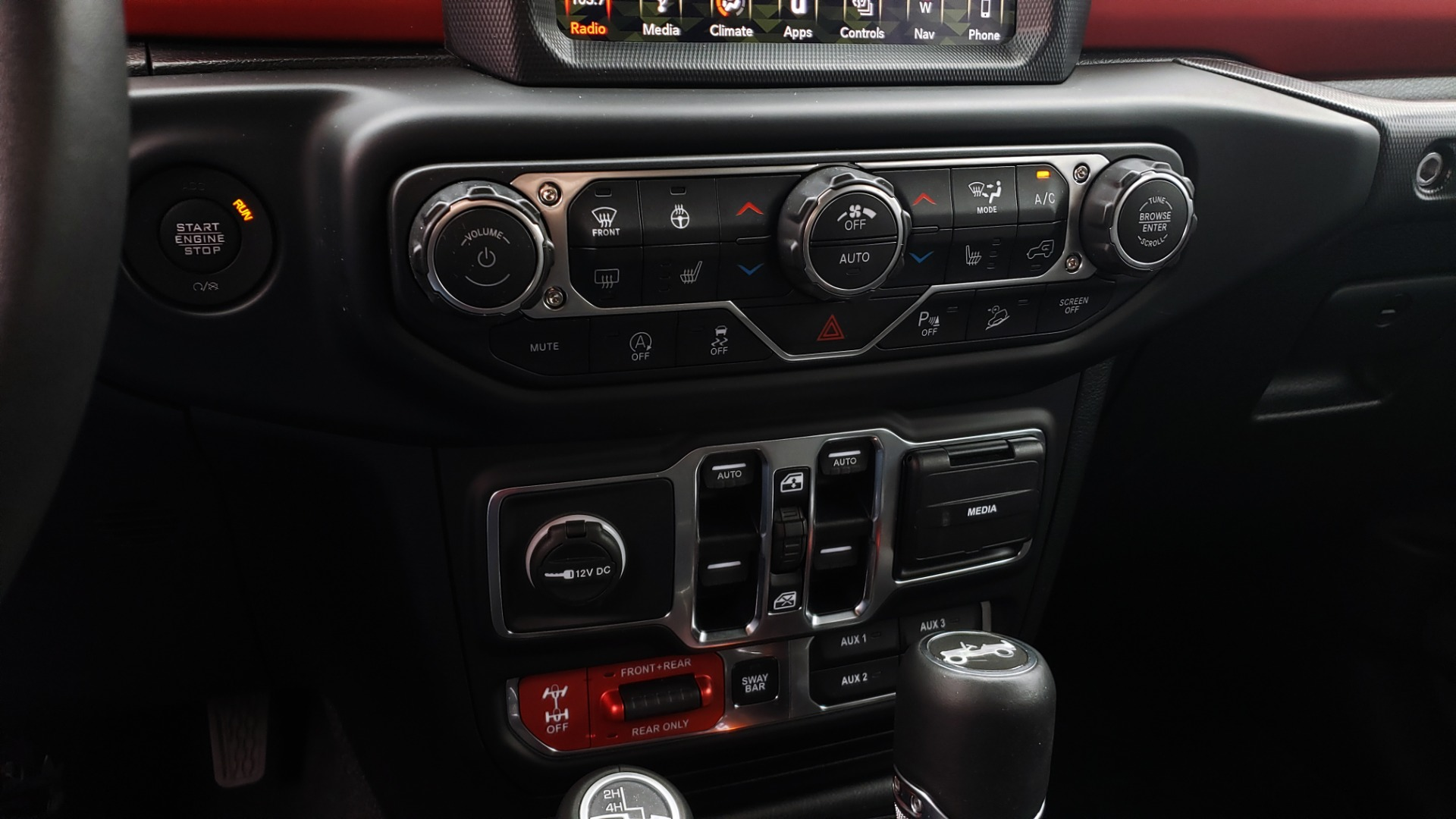 Used 2019 Jeep WRANGLER UNLIMITED RUBICON 4WD / V6 / 8-SPD AUTO / NAV / PWR TOP / REARVIEW for sale Sold at Formula Imports in Charlotte NC 28227 68