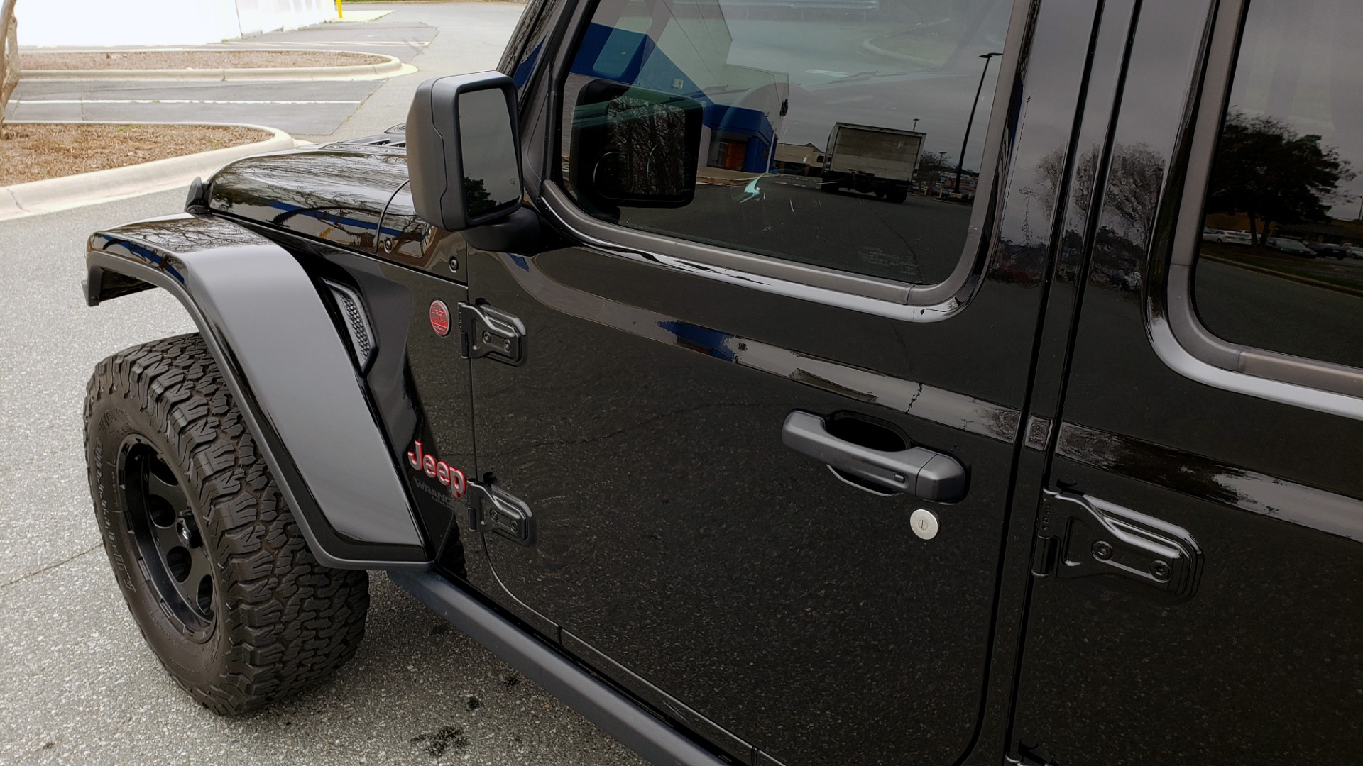 Used 2019 Jeep WRANGLER UNLIMITED RUBICON 4WD / V6 / 8-SPD AUTO / NAV / PWR TOP / REARVIEW for sale Sold at Formula Imports in Charlotte NC 28227 7