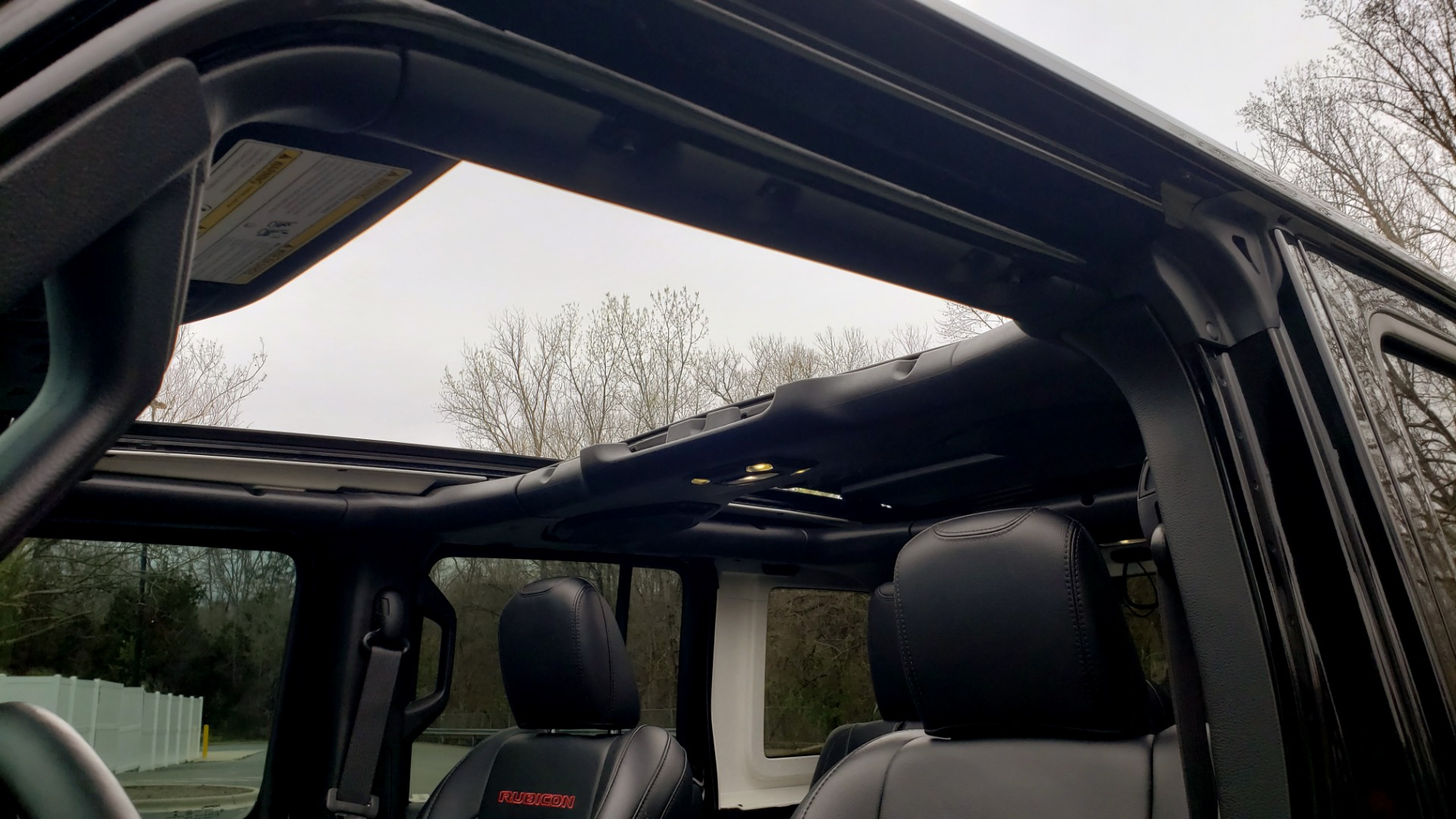 Used 2019 Jeep WRANGLER UNLIMITED RUBICON 4WD / V6 / 8-SPD AUTO / NAV / PWR TOP / REARVIEW for sale Sold at Formula Imports in Charlotte NC 28227 81