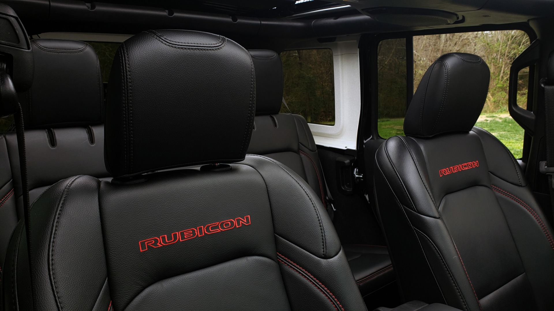 Used 2019 Jeep WRANGLER UNLIMITED RUBICON 4WD / V6 / 8-SPD AUTO / NAV / PWR TOP / REARVIEW for sale Sold at Formula Imports in Charlotte NC 28227 91