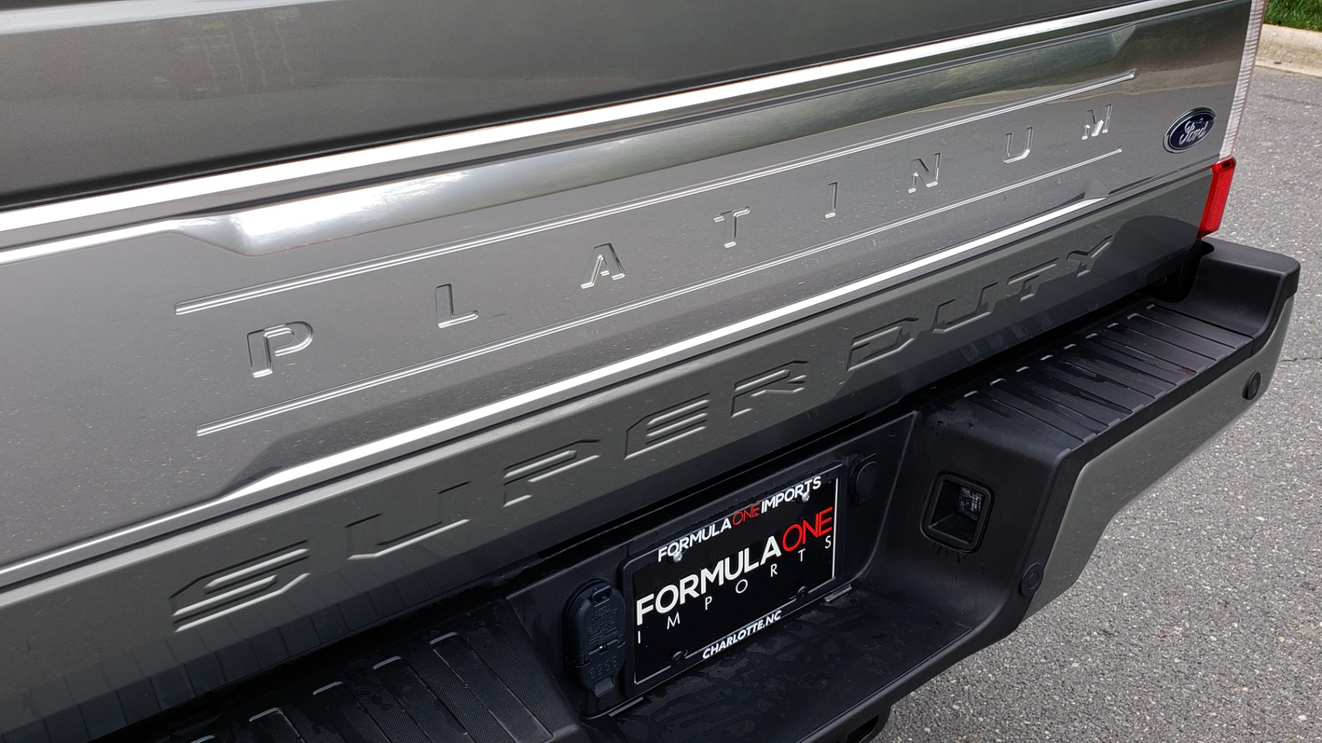 Used 2019 Ford SUPER DUTY F-250 SRW PLATINUM ULTIMATE / NAV / PANO-ROOF / REARVIEW for sale Sold at Formula Imports in Charlotte NC 28227 19