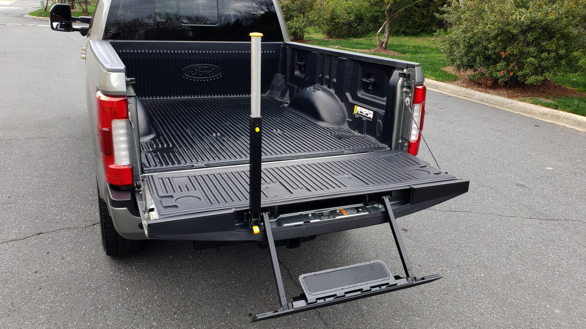 Used 2019 Ford SUPER DUTY F-250 SRW PLATINUM ULTIMATE / NAV / PANO-ROOF / REARVIEW for sale Sold at Formula Imports in Charlotte NC 28227 26