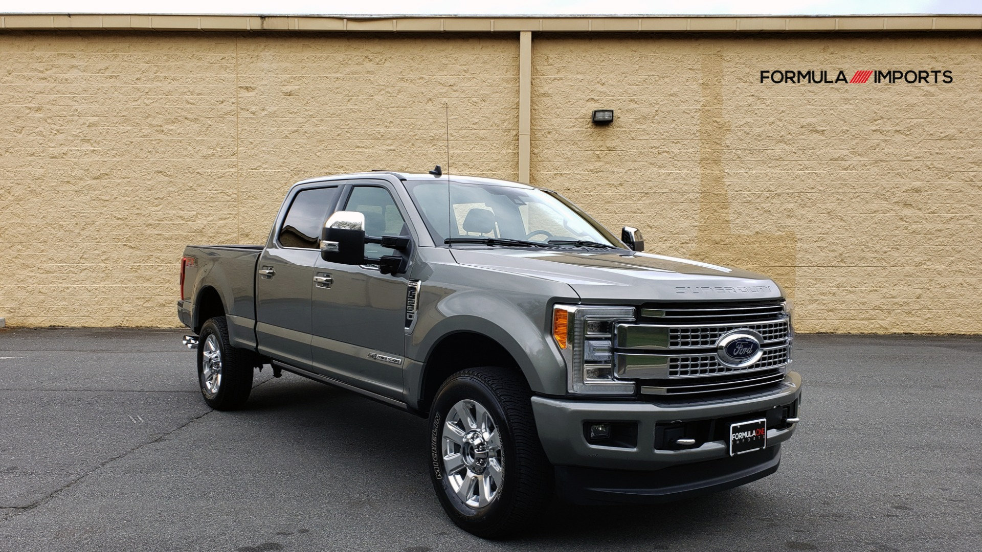 Used 2019 Ford SUPER DUTY F-250 SRW PLATINUM ULTIMATE / NAV / PANO-ROOF / REARVIEW for sale Sold at Formula Imports in Charlotte NC 28227 4