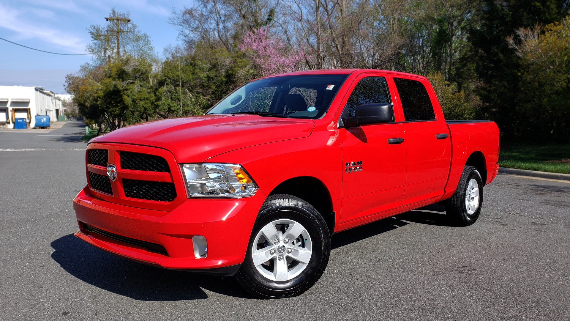 Used 2017 Ram 1500 EXPRESS CREWCAB 4X4 / 3.6L V6 / 8-SPD AUTO / BEDLINER for sale Sold at Formula Imports in Charlotte NC 28227 1