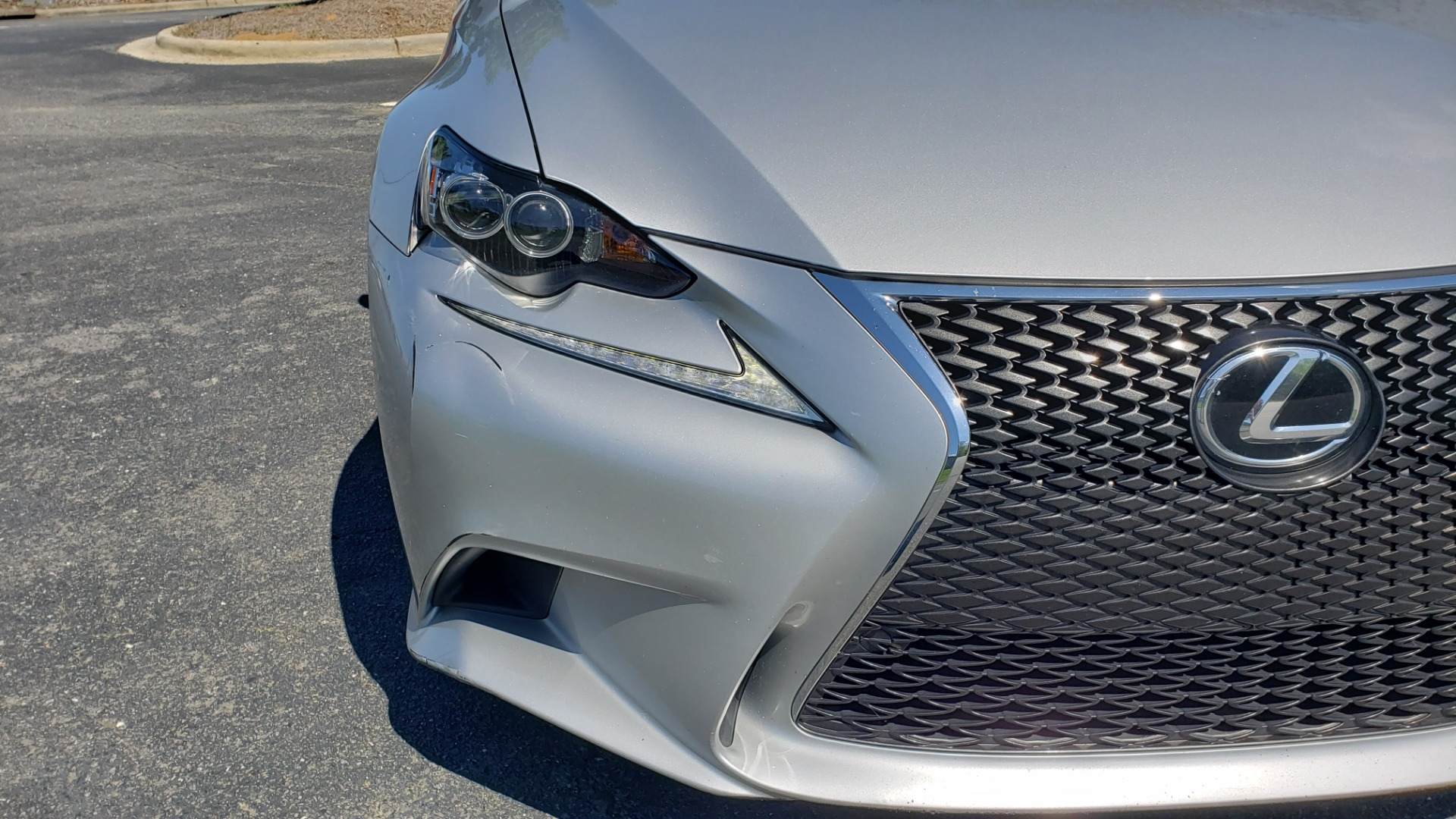 Used 2015 Lexus IS 250 F-SPORT / BSM / SUNROOF / VENT SEATS / REARVIEW for sale Sold at Formula Imports in Charlotte NC 28227 24