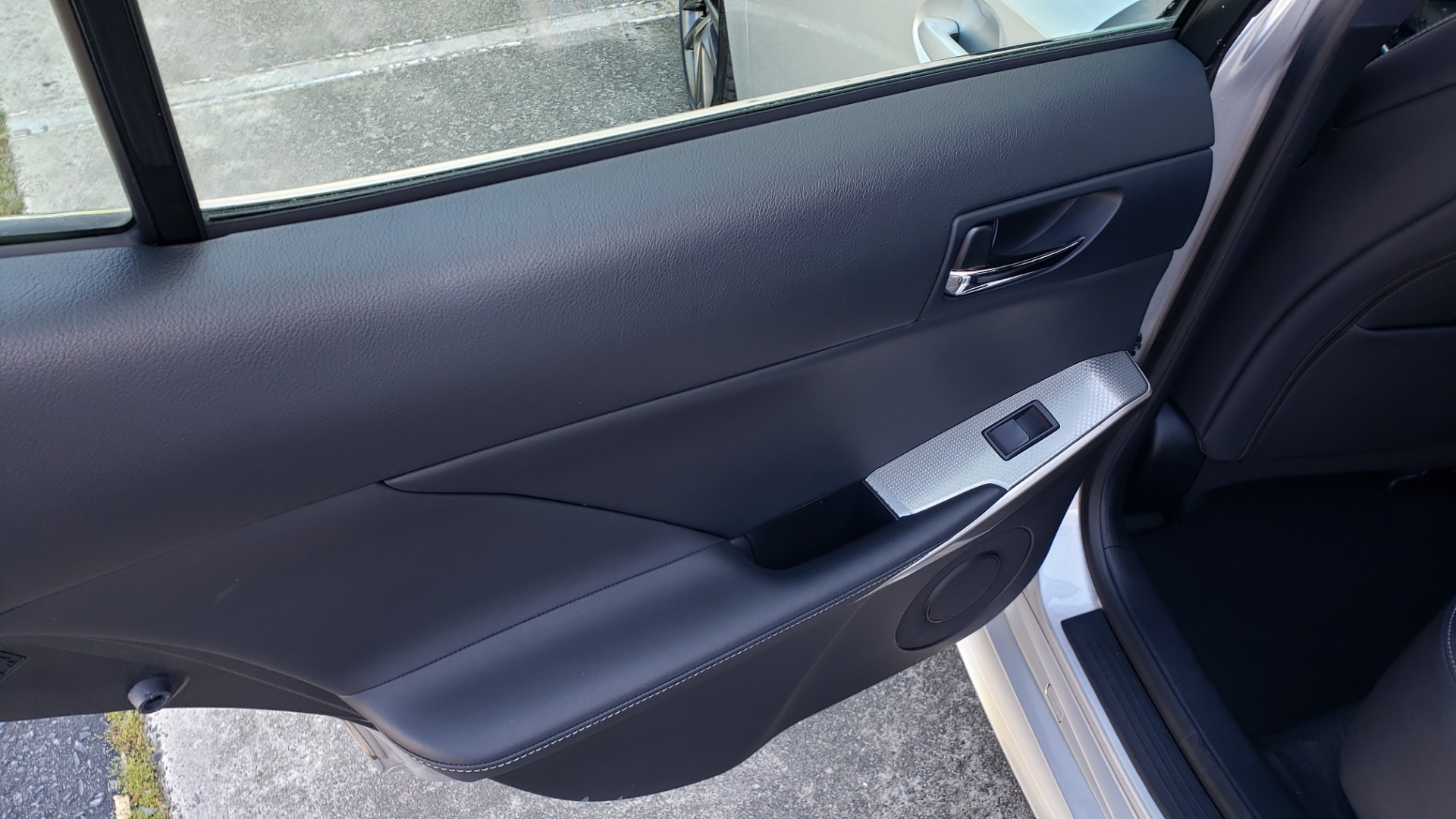 Used 2015 Lexus IS 250 F-SPORT / BSM / SUNROOF / VENT SEATS / REARVIEW for sale Sold at Formula Imports in Charlotte NC 28227 57