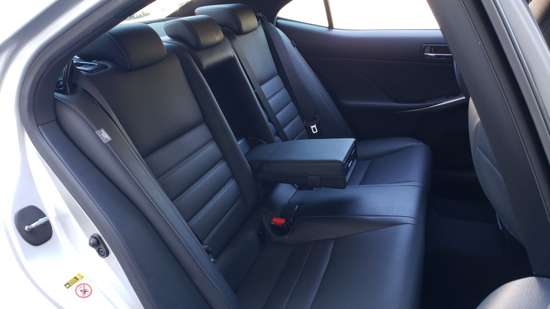 Used 2015 Lexus IS 250 F-SPORT / BSM / SUNROOF / VENT SEATS / REARVIEW for sale Sold at Formula Imports in Charlotte NC 28227 72