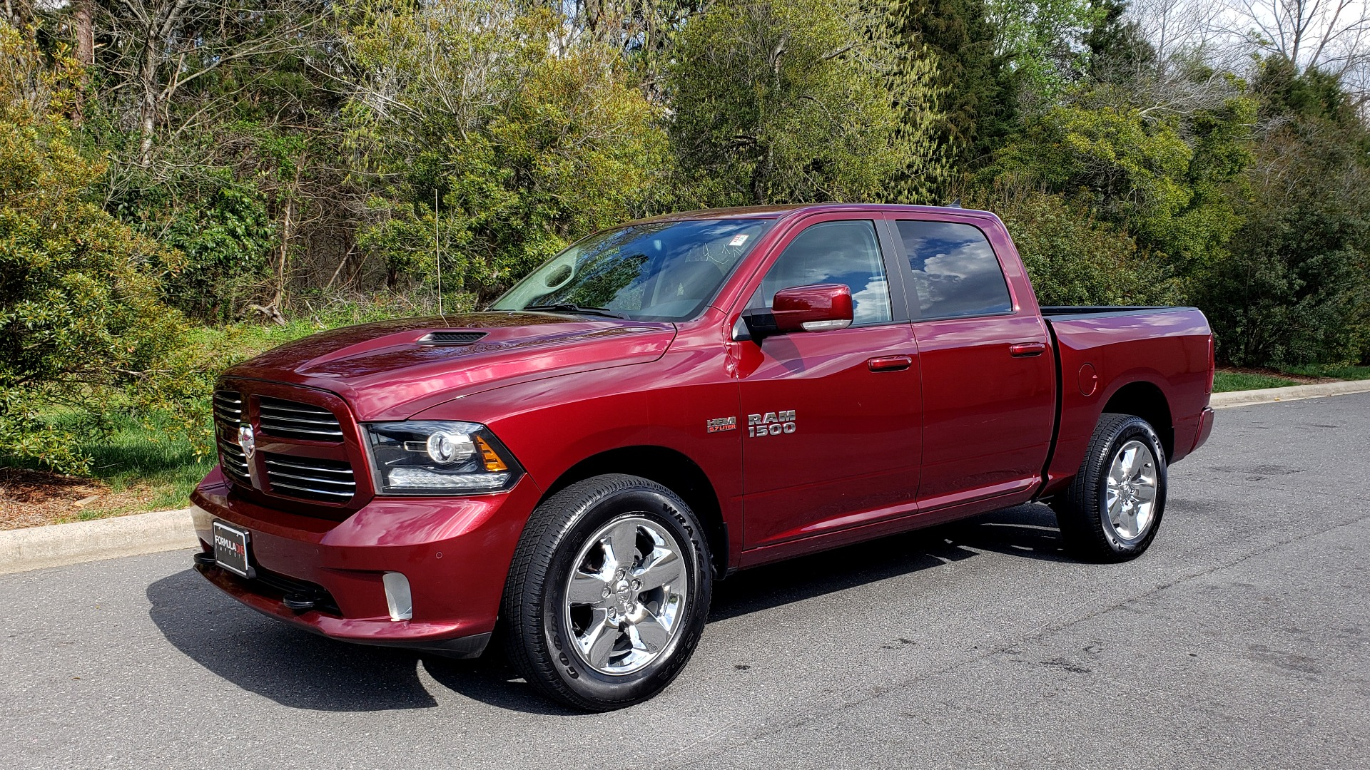 Used 2017 Ram 1500 SPORT CREW CAB 4X4 / NAV / ALPINE / SUNROOF / VENT STS / REARVIEW for sale Sold at Formula Imports in Charlotte NC 28227 1