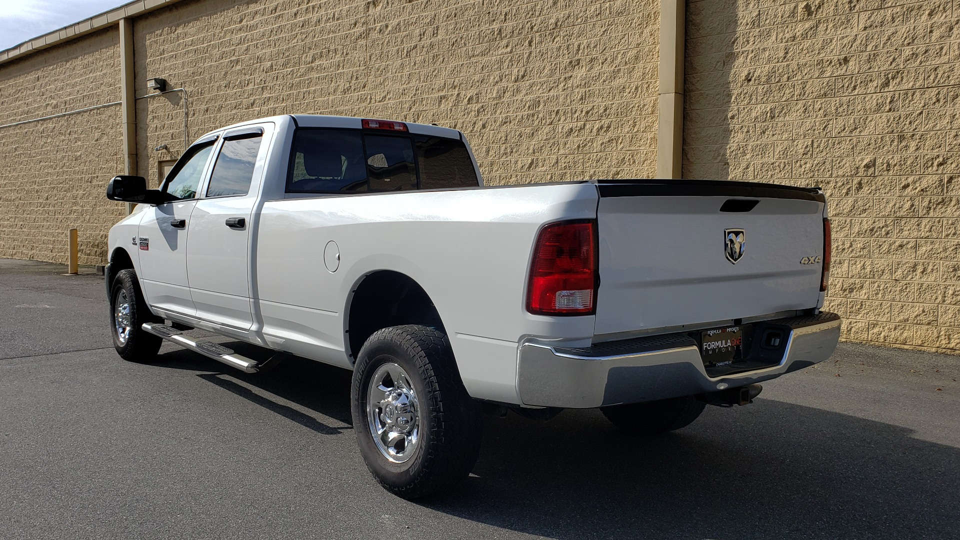 Used 2011 Ram 2500 4WD CREW CAB 169 ST / 6.7L CUMMINS / 6-SPD AUTO for sale Sold at Formula Imports in Charlotte NC 28227 3