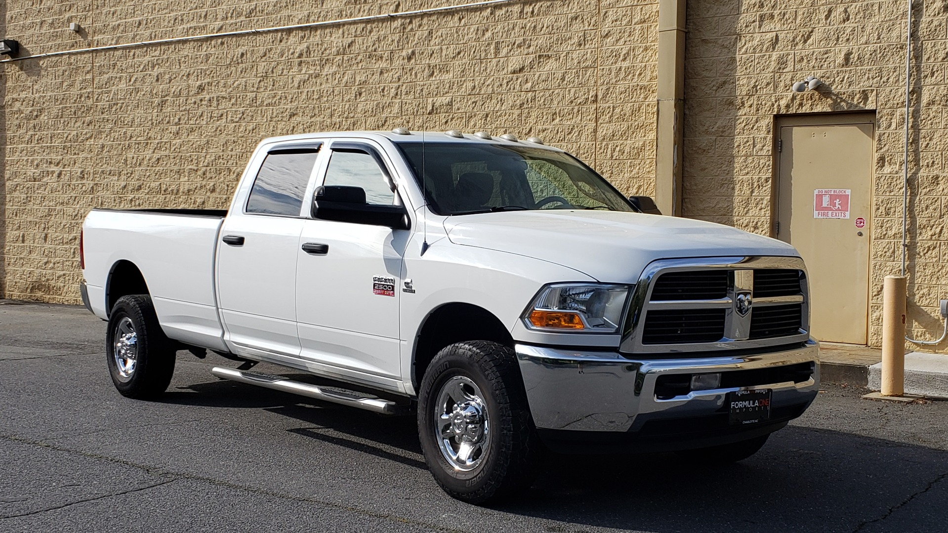 Used 2011 Ram 2500 4WD CREW CAB 169 ST / 6.7L CUMMINS / 6-SPD AUTO for sale Sold at Formula Imports in Charlotte NC 28227 4