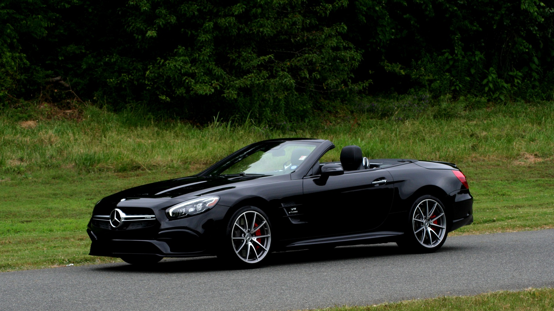 Used 2017 Mercedes-Benz SL 63 AMG / ROADSTER / DRIVER ASSIST / NAV / CAMERA for sale Sold at Formula Imports in Charlotte NC 28227 1