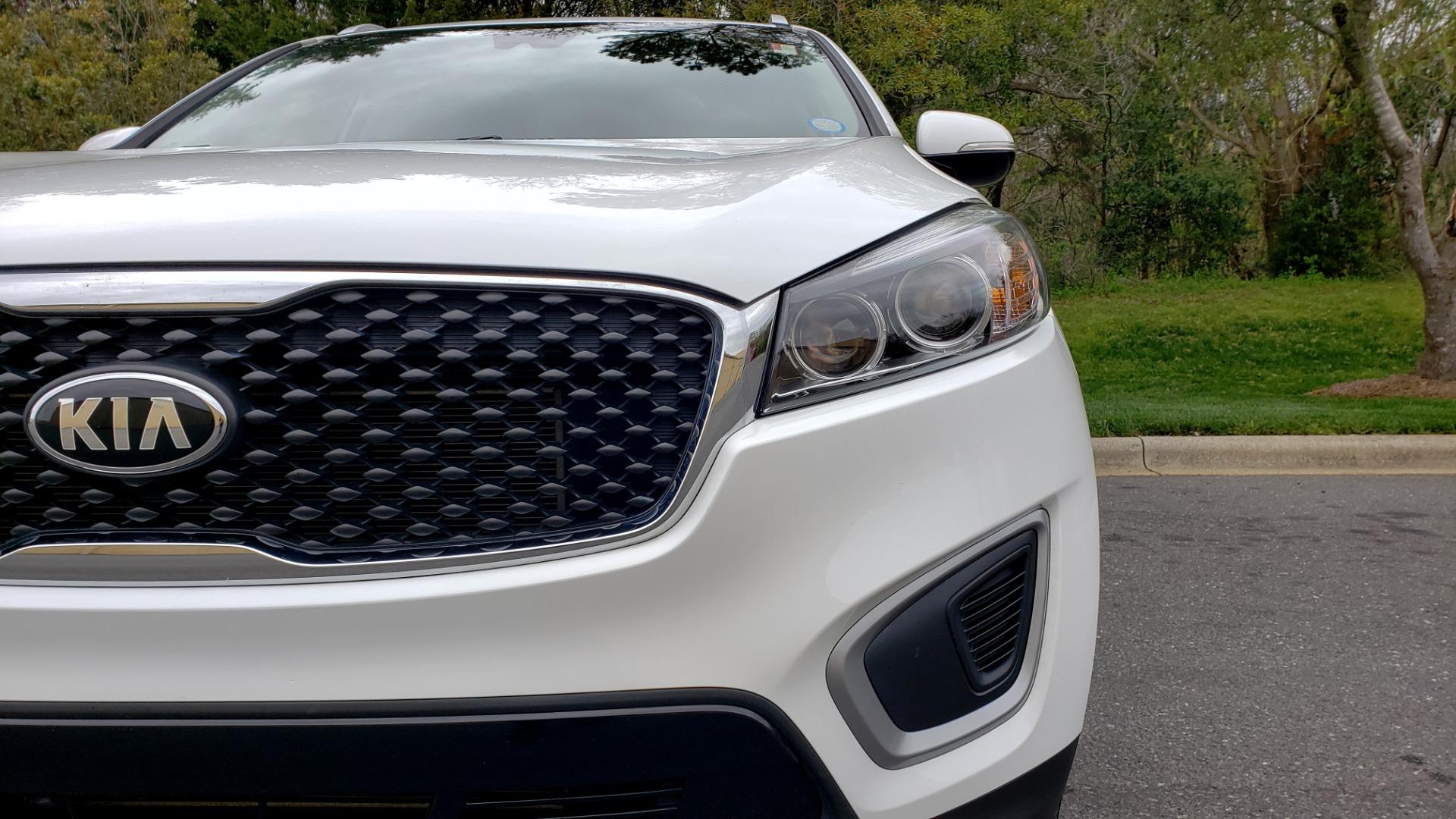 Used 2017 Kia SORENTO LX CONV PKG / FWD / ADVANCED TECH / 3-ROW for sale Sold at Formula Imports in Charlotte NC 28227 24