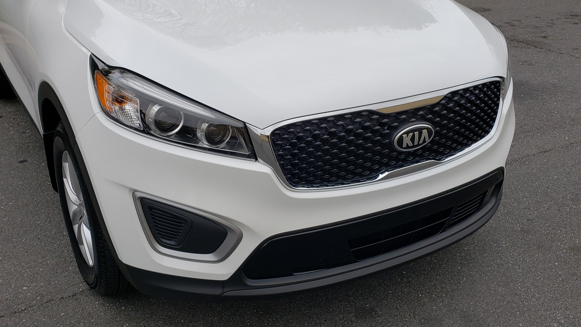 Used 2017 Kia SORENTO LX CONV PKG / FWD / ADVANCED TECH / 3-ROW for sale Sold at Formula Imports in Charlotte NC 28227 25