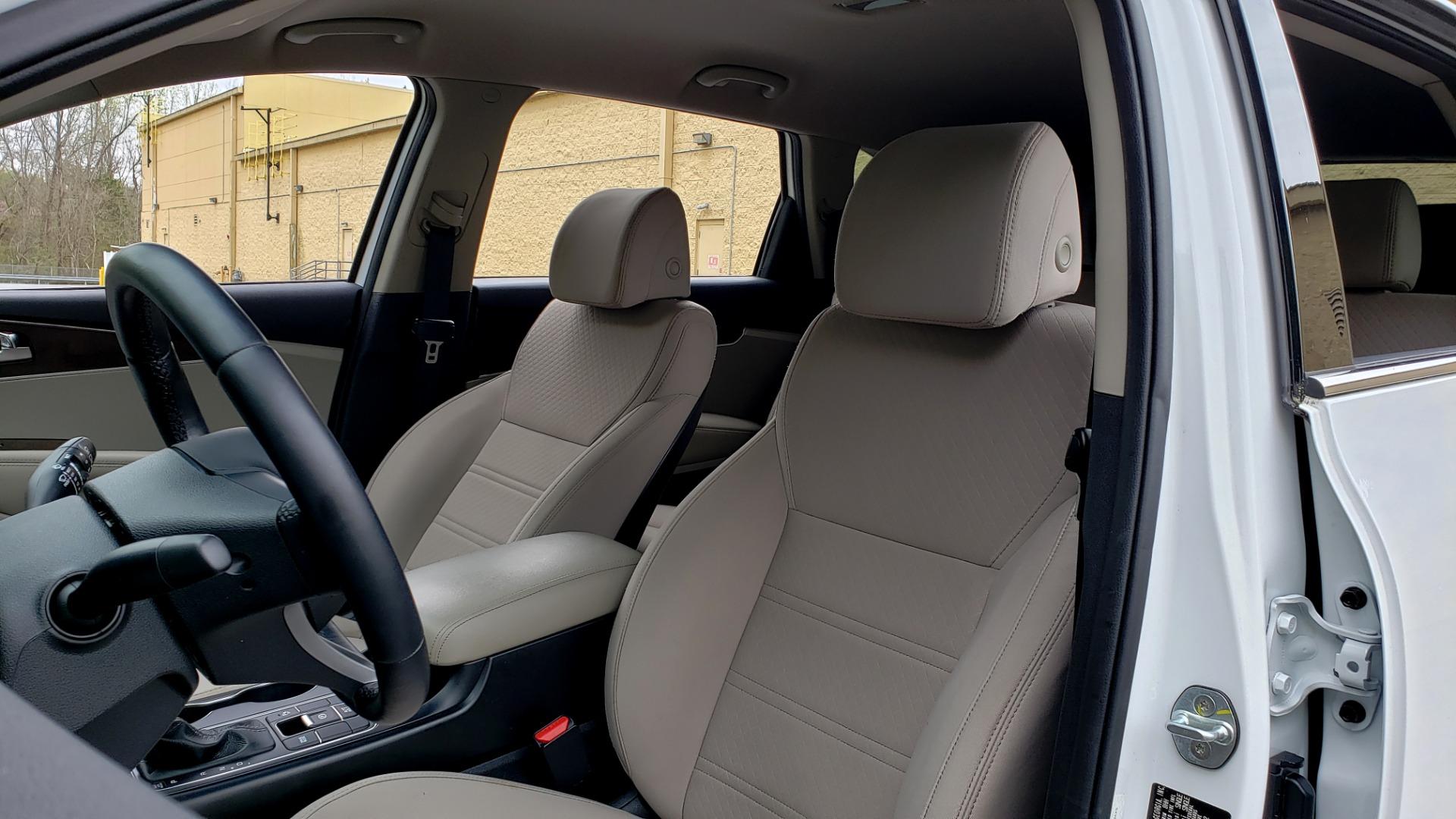 Used 2017 Kia SORENTO LX CONV PKG / FWD / ADVANCED TECH / 3-ROW for sale Sold at Formula Imports in Charlotte NC 28227 35