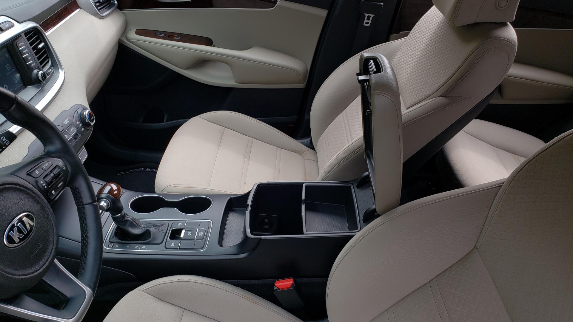 Used 2017 Kia SORENTO LX CONV PKG / FWD / ADVANCED TECH / 3-ROW for sale Sold at Formula Imports in Charlotte NC 28227 56