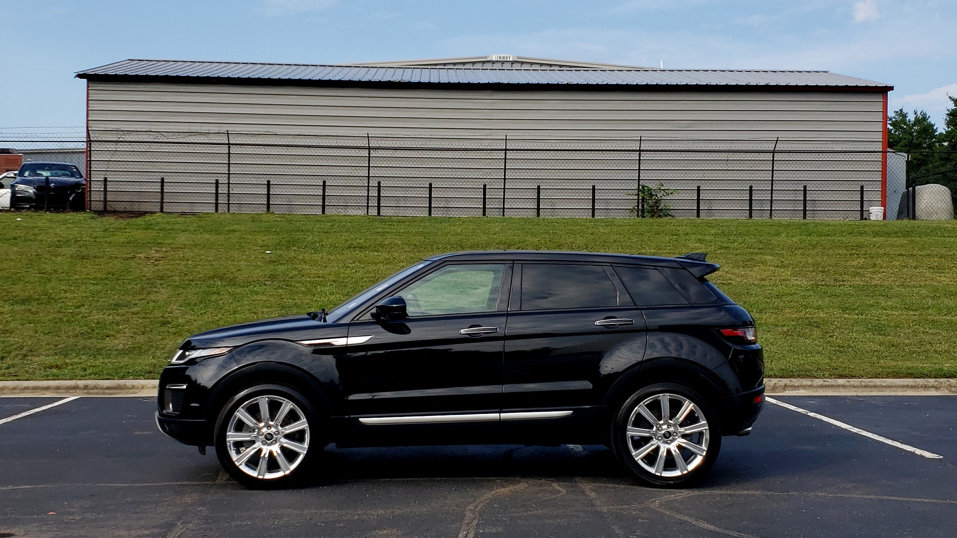 Used 2016 Land Rover RANGE ROVER EVOQUE HSE / AWD / NAV / MERIDIAN / PANO-ROOF / REARVIEW for sale Sold at Formula Imports in Charlotte NC 28227 2