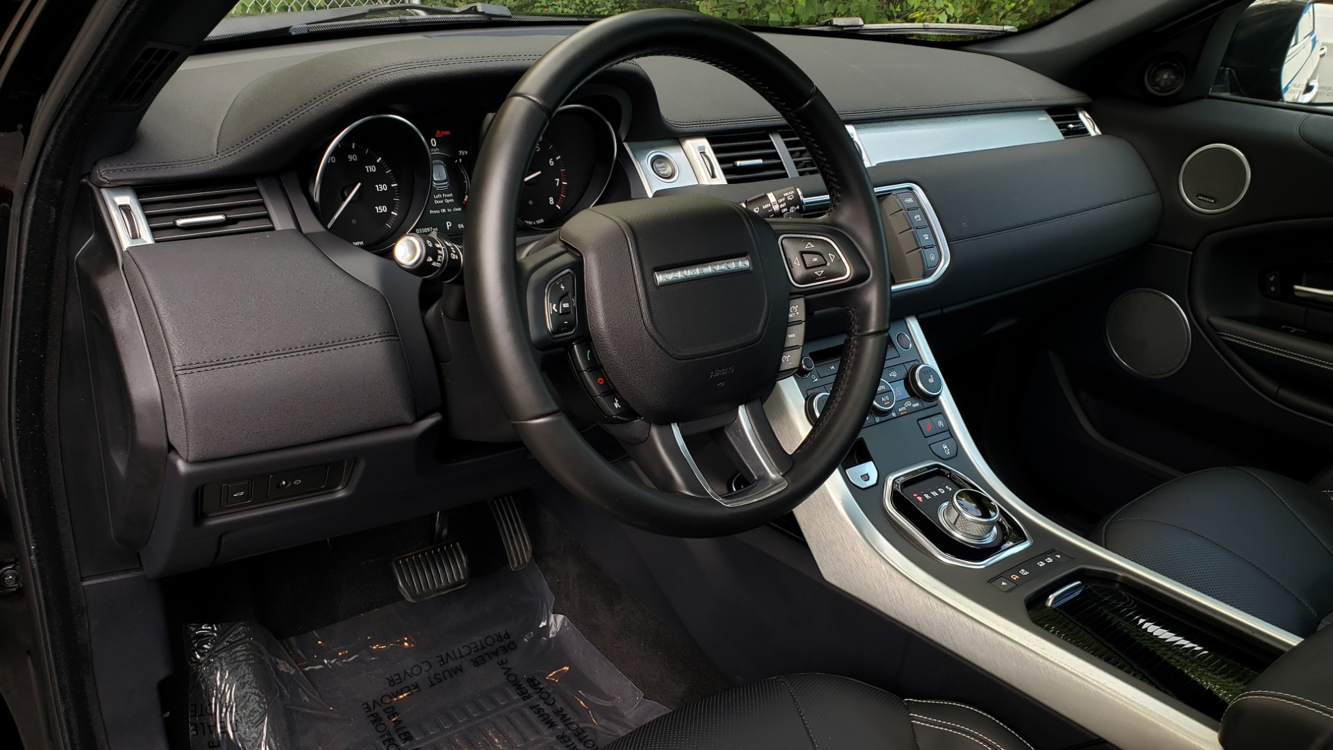 Used 2016 Land Rover RANGE ROVER EVOQUE HSE / AWD / NAV / MERIDIAN / PANO-ROOF / REARVIEW for sale Sold at Formula Imports in Charlotte NC 28227 37