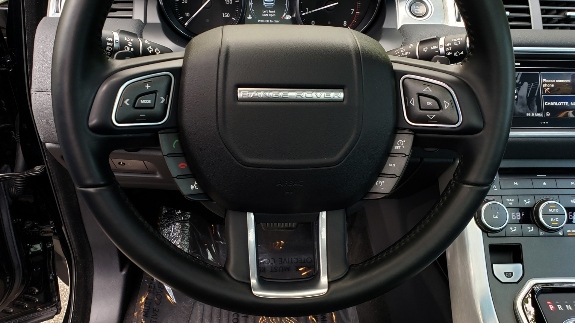 Used 2016 Land Rover RANGE ROVER EVOQUE HSE / AWD / NAV / MERIDIAN / PANO-ROOF / REARVIEW for sale Sold at Formula Imports in Charlotte NC 28227 40