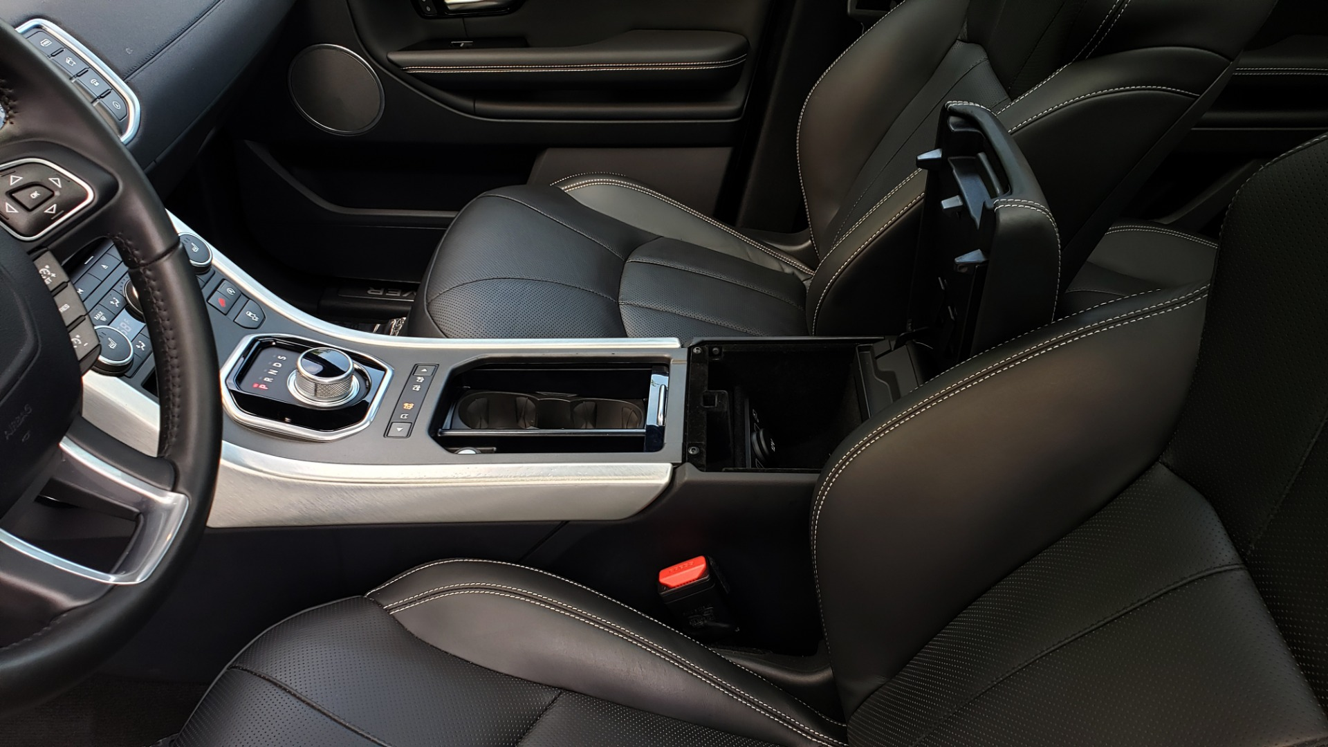 Used 2016 Land Rover RANGE ROVER EVOQUE HSE / AWD / NAV / MERIDIAN / PANO-ROOF / REARVIEW for sale Sold at Formula Imports in Charlotte NC 28227 53
