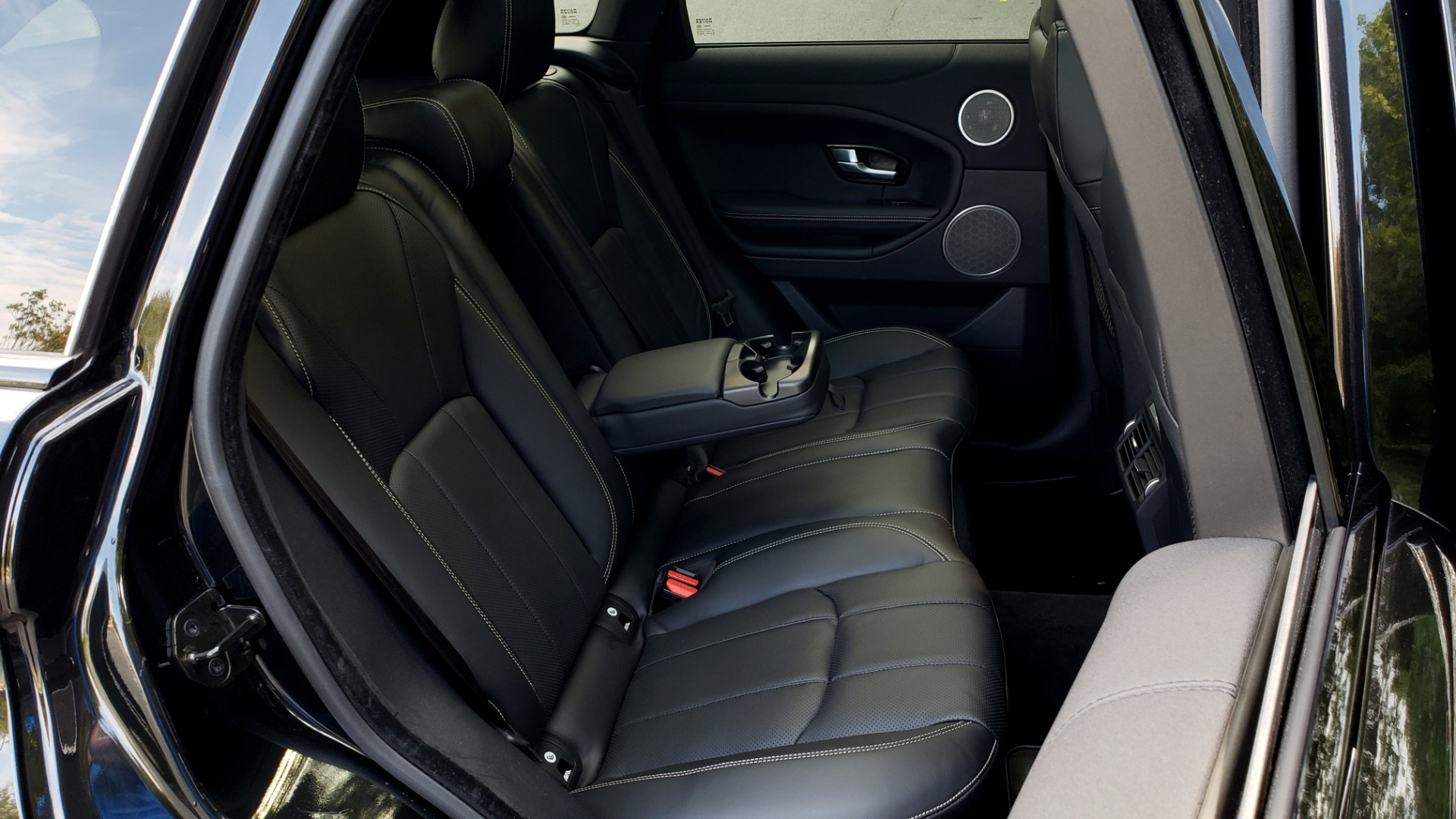 Used 2016 Land Rover RANGE ROVER EVOQUE HSE / AWD / NAV / MERIDIAN / PANO-ROOF / REARVIEW for sale Sold at Formula Imports in Charlotte NC 28227 72